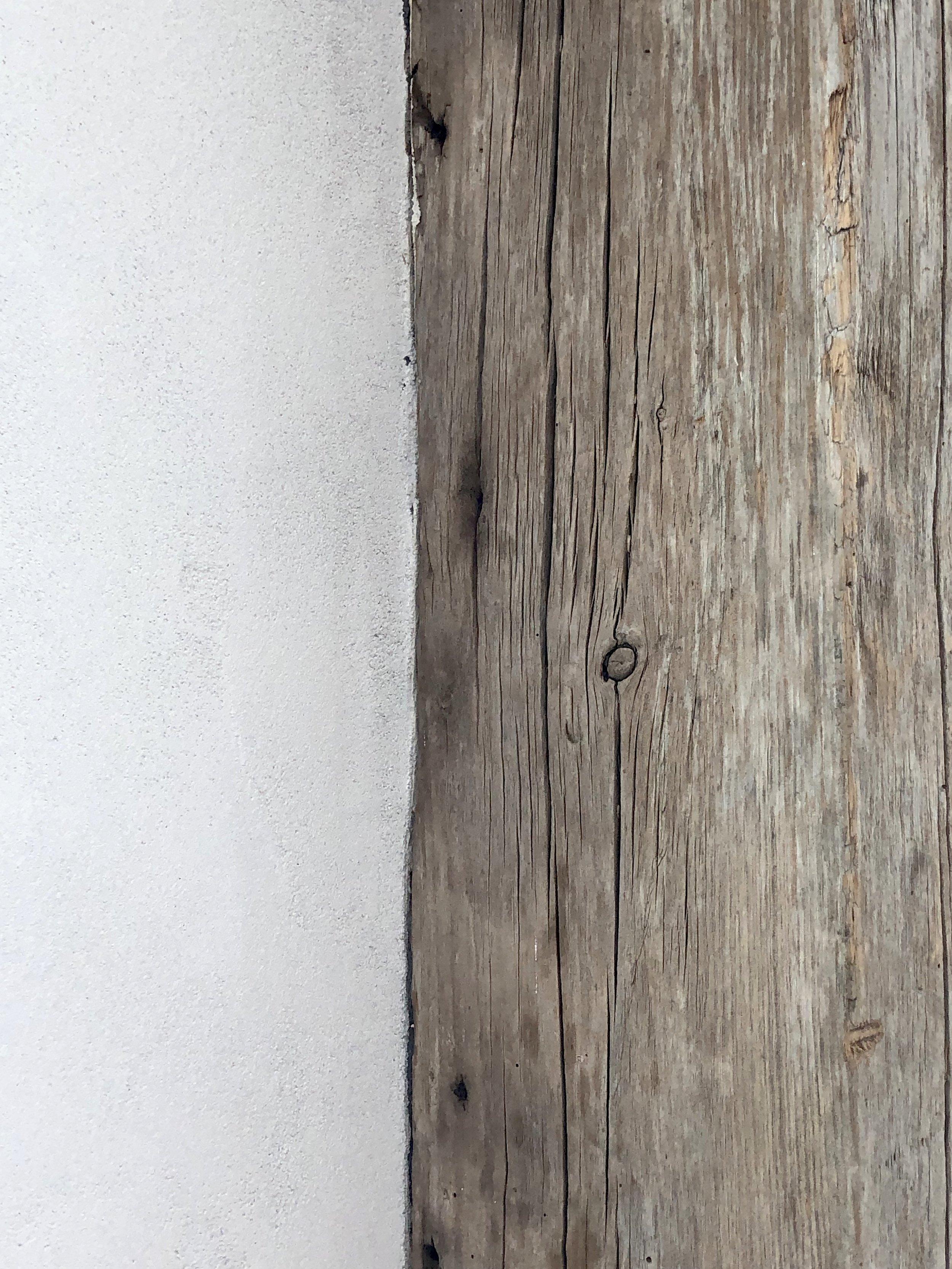 wood:plaster.jpg