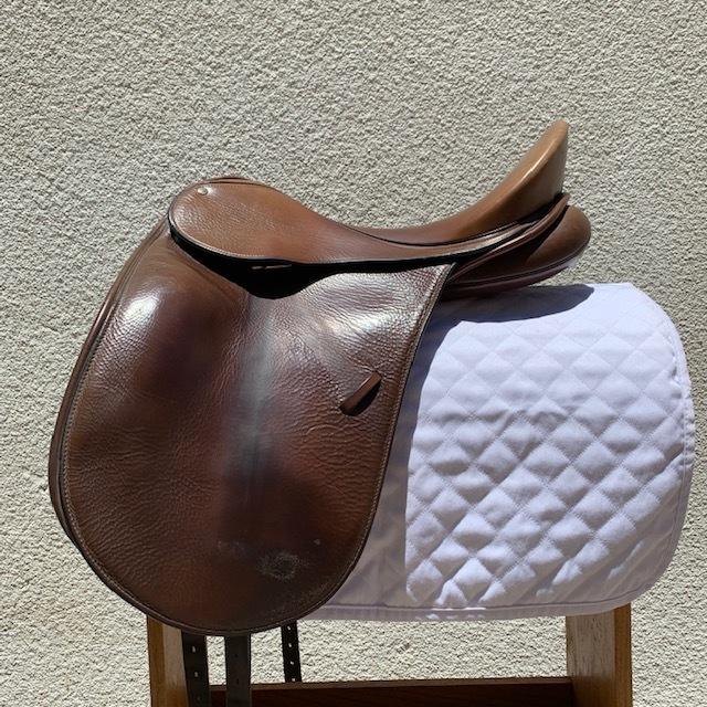 Used Dressage Saddles — San Diego Saddlery
