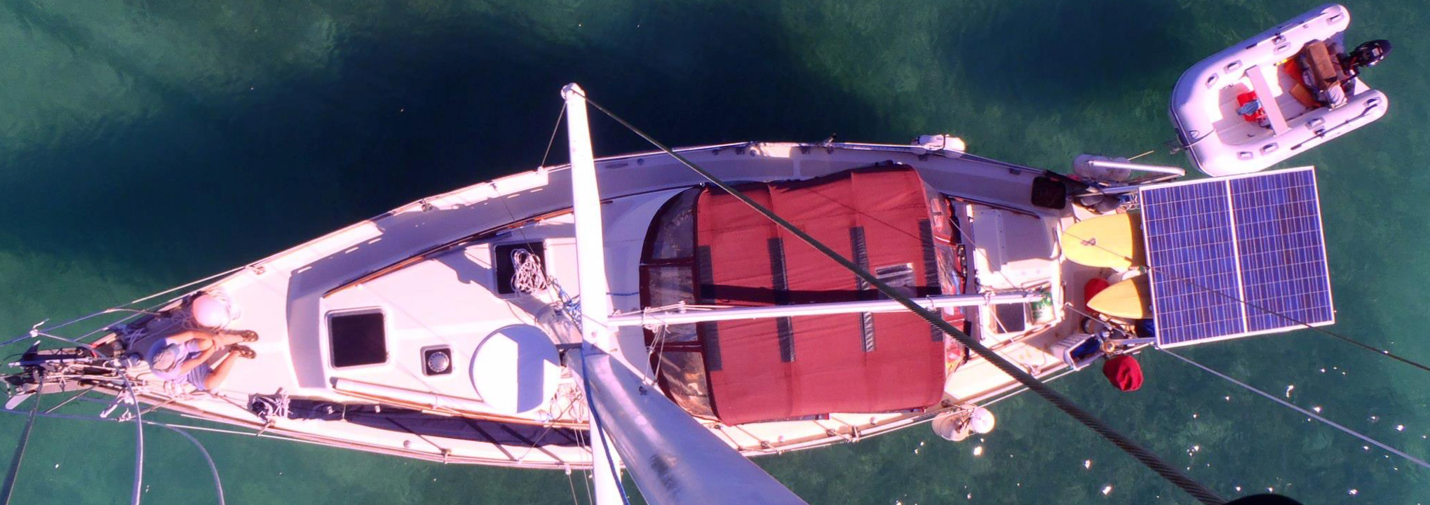 Esprit topsiview from the mast – cropped.png