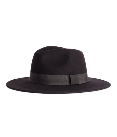 H&M -  BLACK HAT  - $29.99