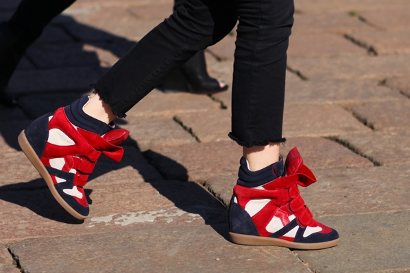 milan-street-Isabel-Marant-sneakers.jpg