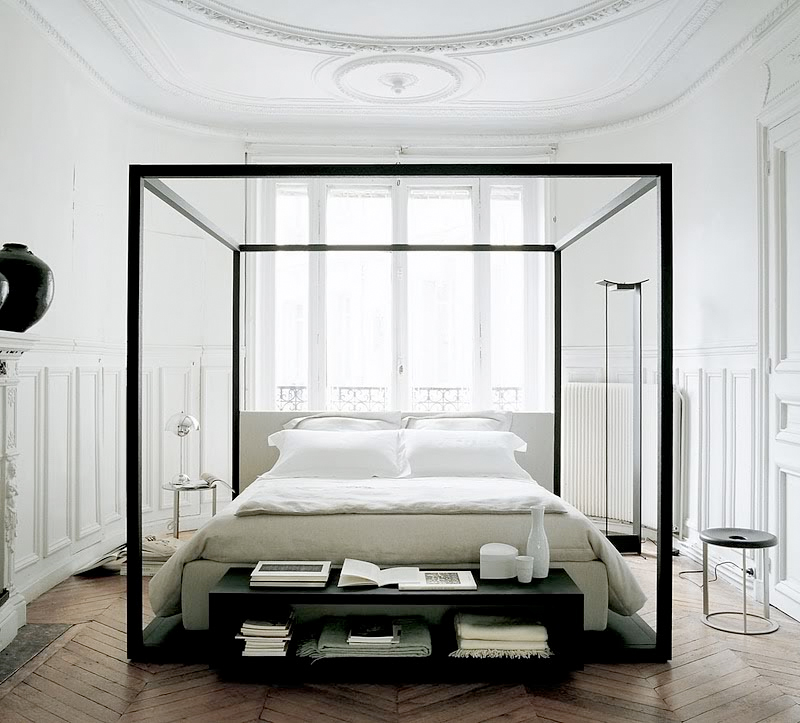 minimalistic-bedroom-via-fashionsquad.jpg