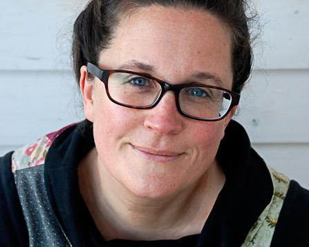 Julia Billings- headshot-6.jpg