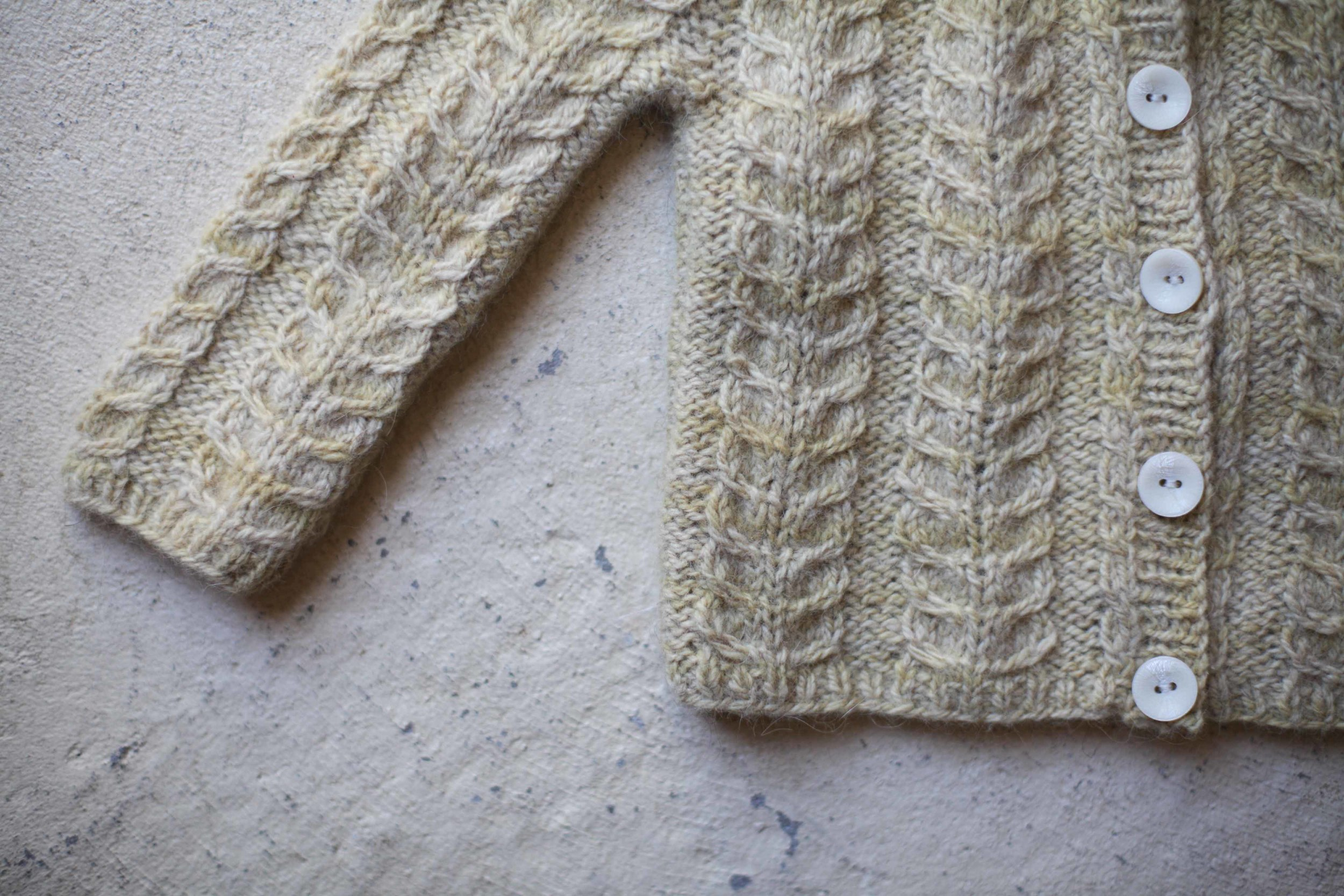 My final finished object of 2015 - The cabled cardy in Lullaby Knits.