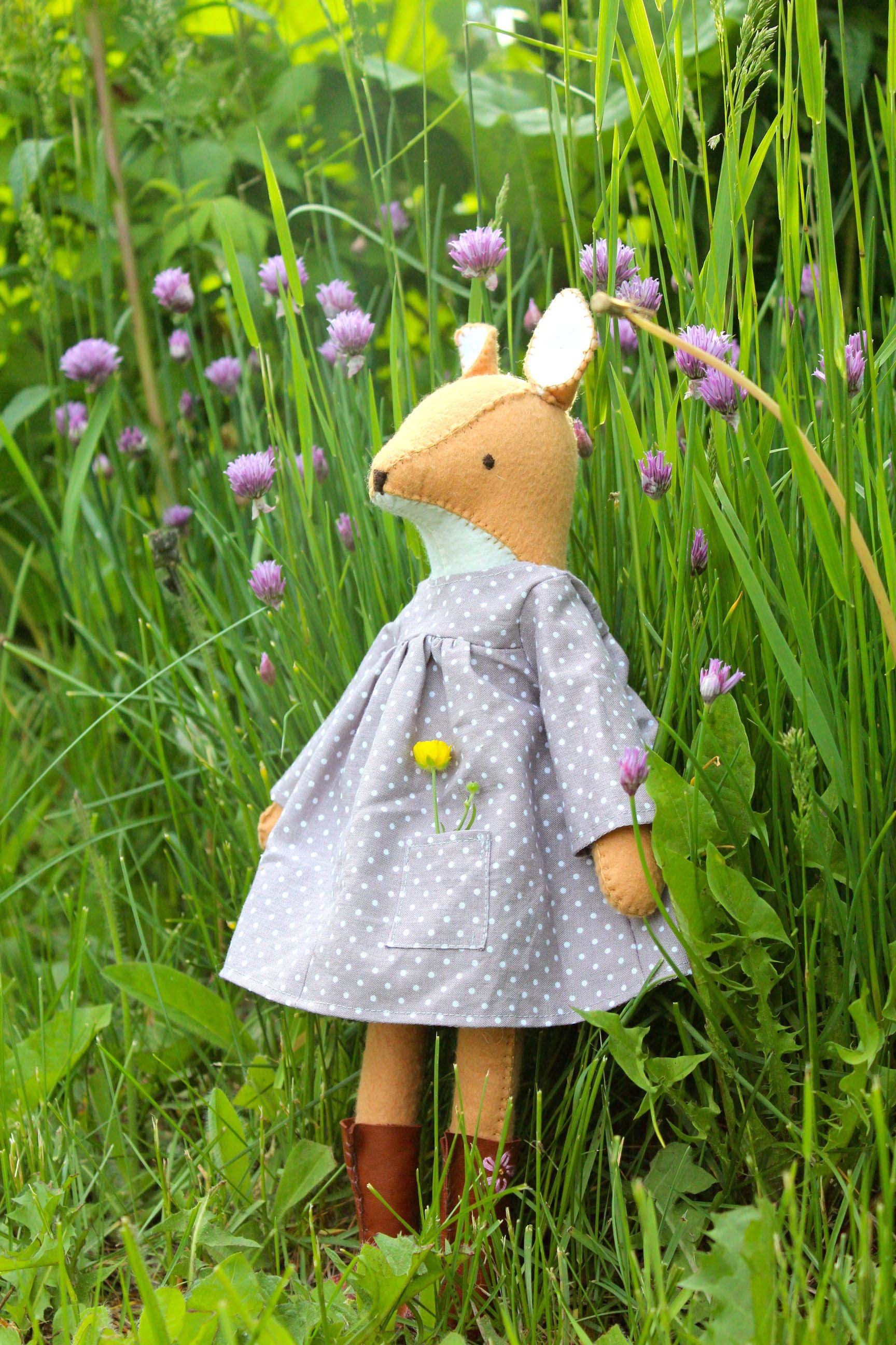 Pattern is  Dandelion Deer  by Posie Gets Cozy.