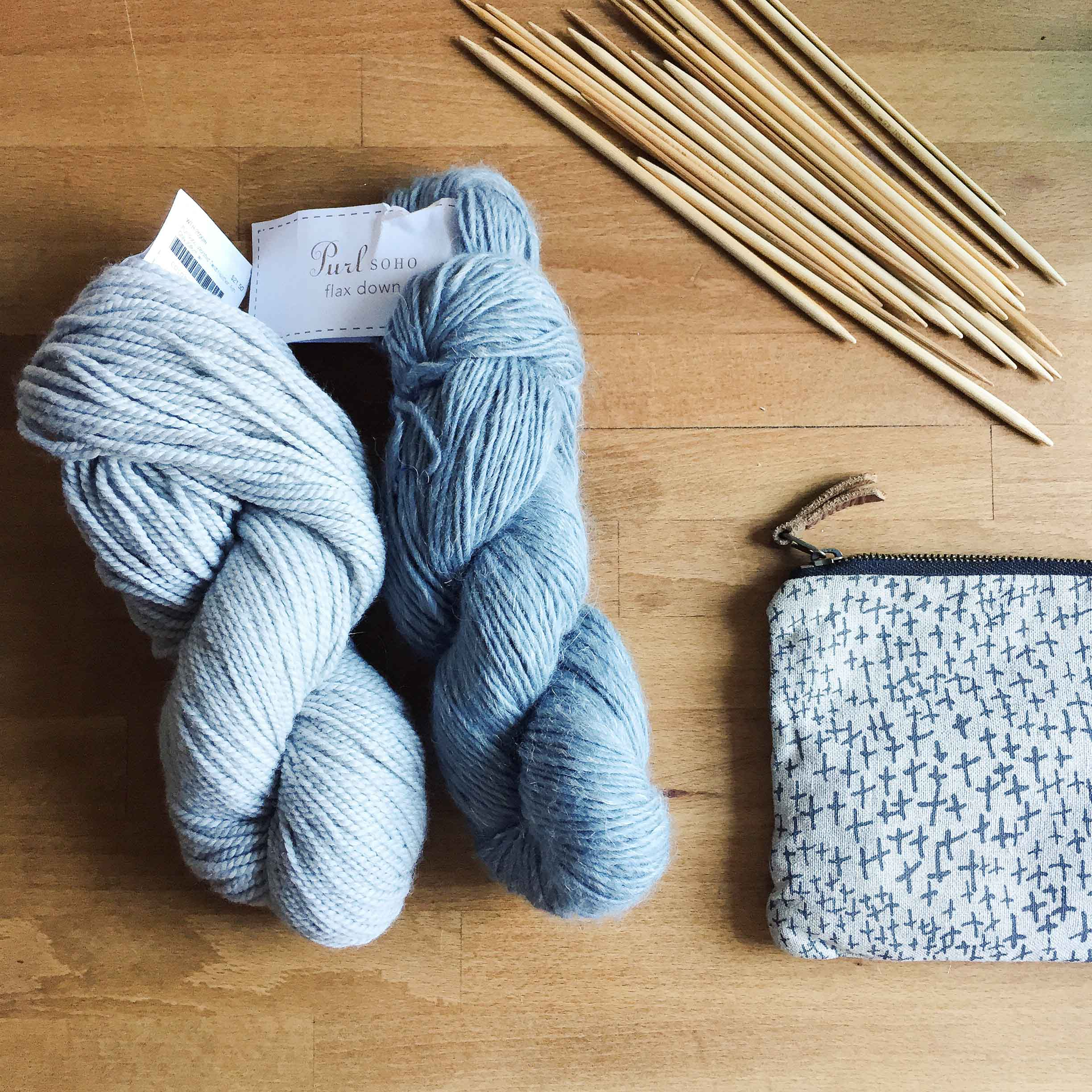 I  purchased  these two skeins at Purl Soho to give their yarn a trial. On the left is their Worsted and on the right is their beautiful Flax Down!