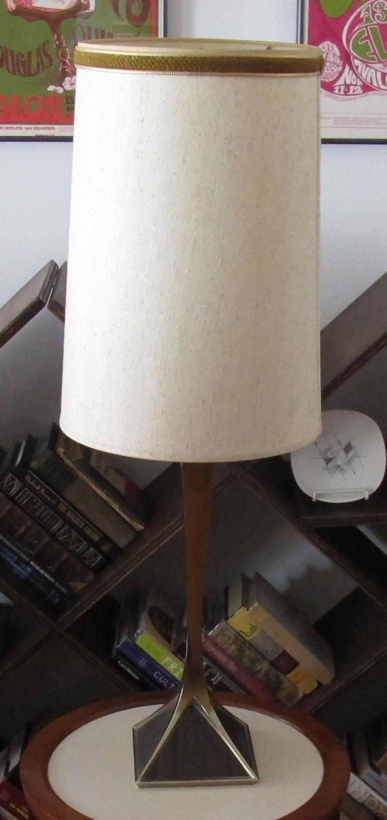 MID CENTURY WOOD & CHROME LAMP