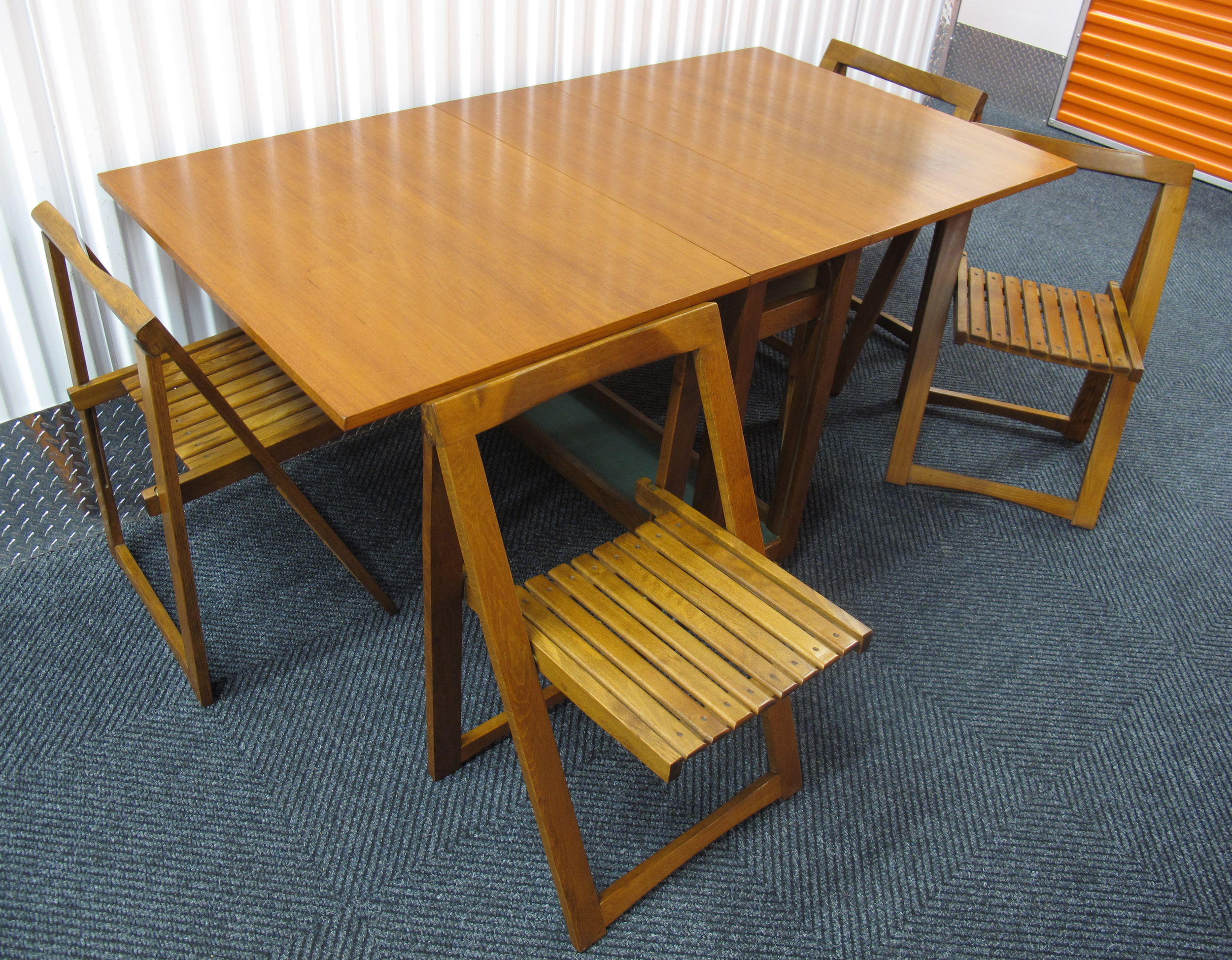 DANISH DROP LEAF TABLE WITH FOLDING CHAIRS