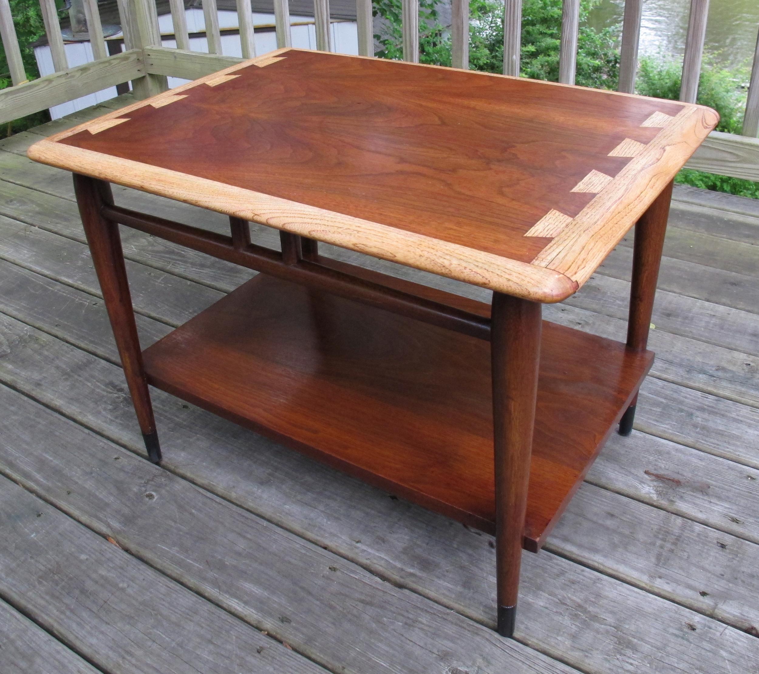 LANE END TABLE