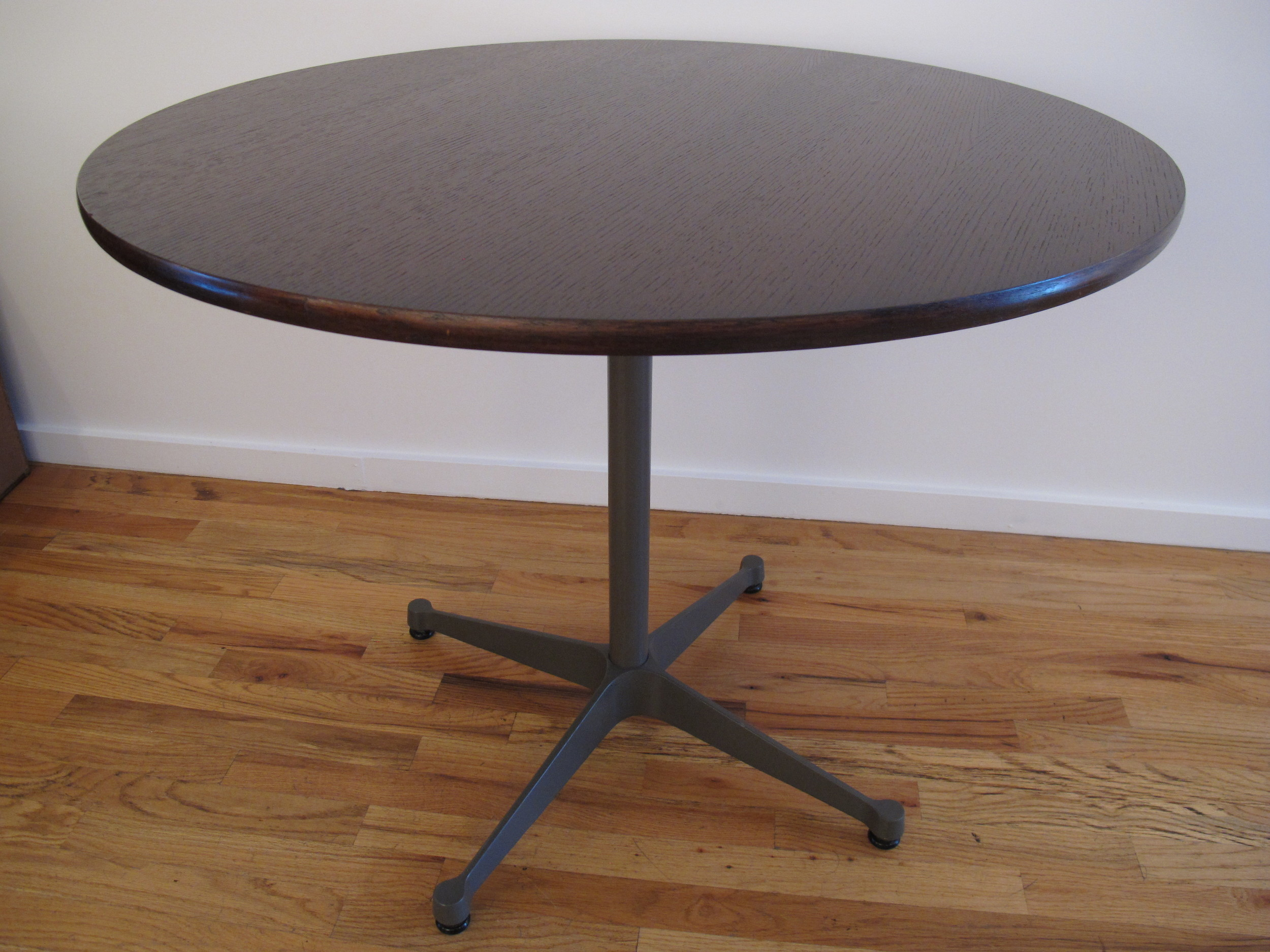 "HERMAN MILLER ROUND ""UNIVERSAL"" BASE TABLE BY CHARLES & RAY EAMES"