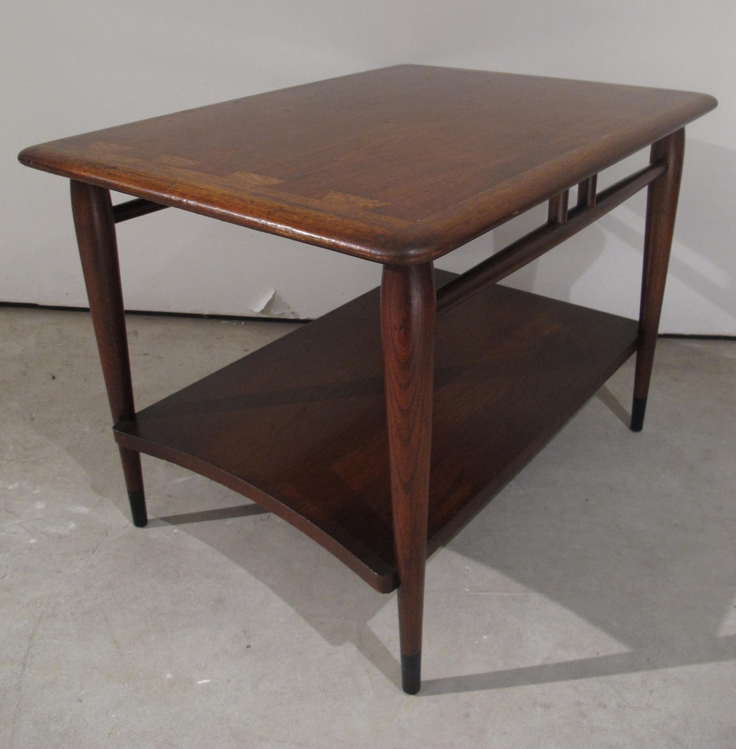 LANE ACCLAIM SIDE TABLE