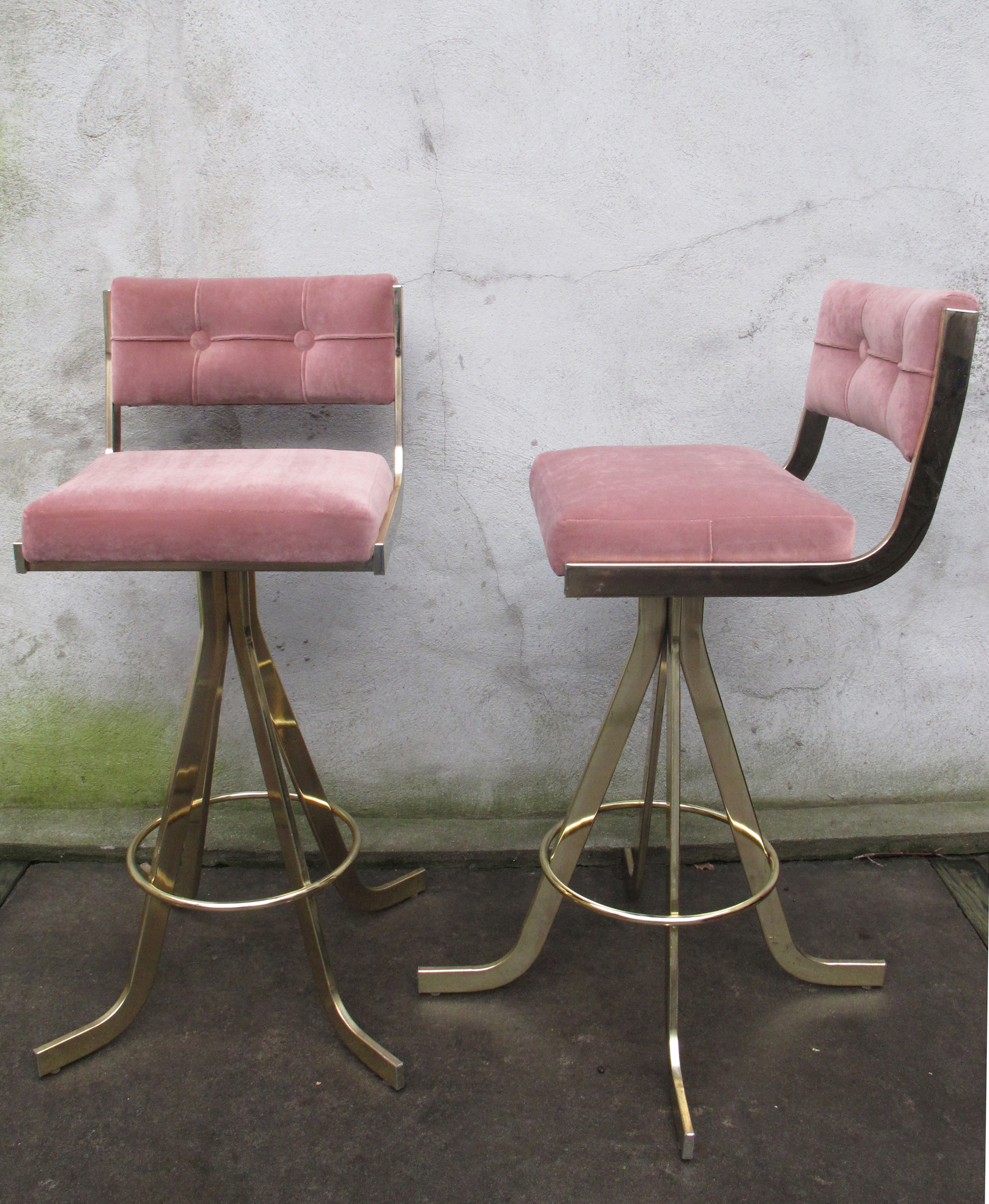 PAIR OF BAUGHMAN OR PROBBER STYLE MID CENTURY VELOUR SWIVEL BARSTOOLS