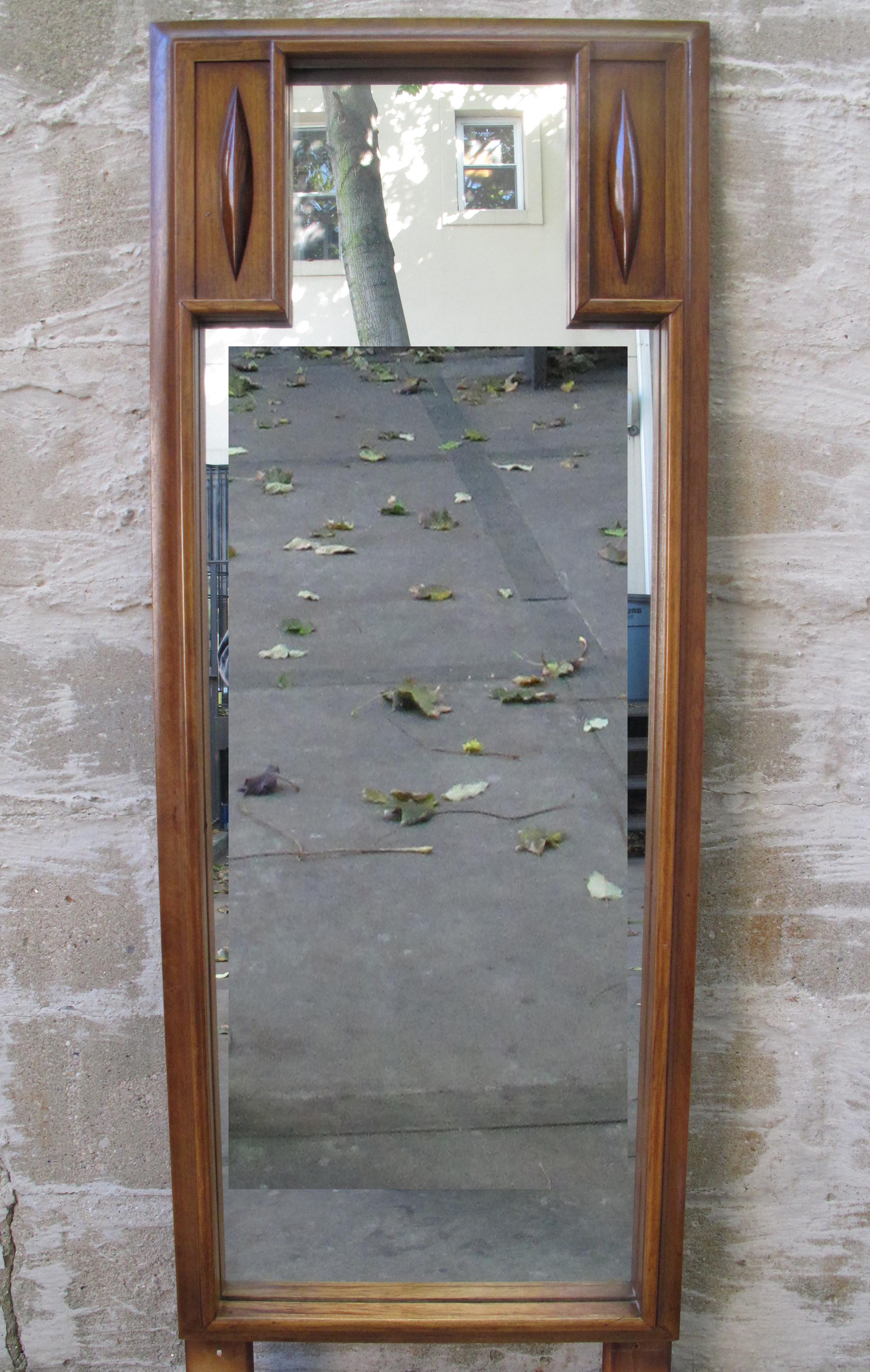 MID CENTURY WALNUT MIRROR BY THOMASVILLE