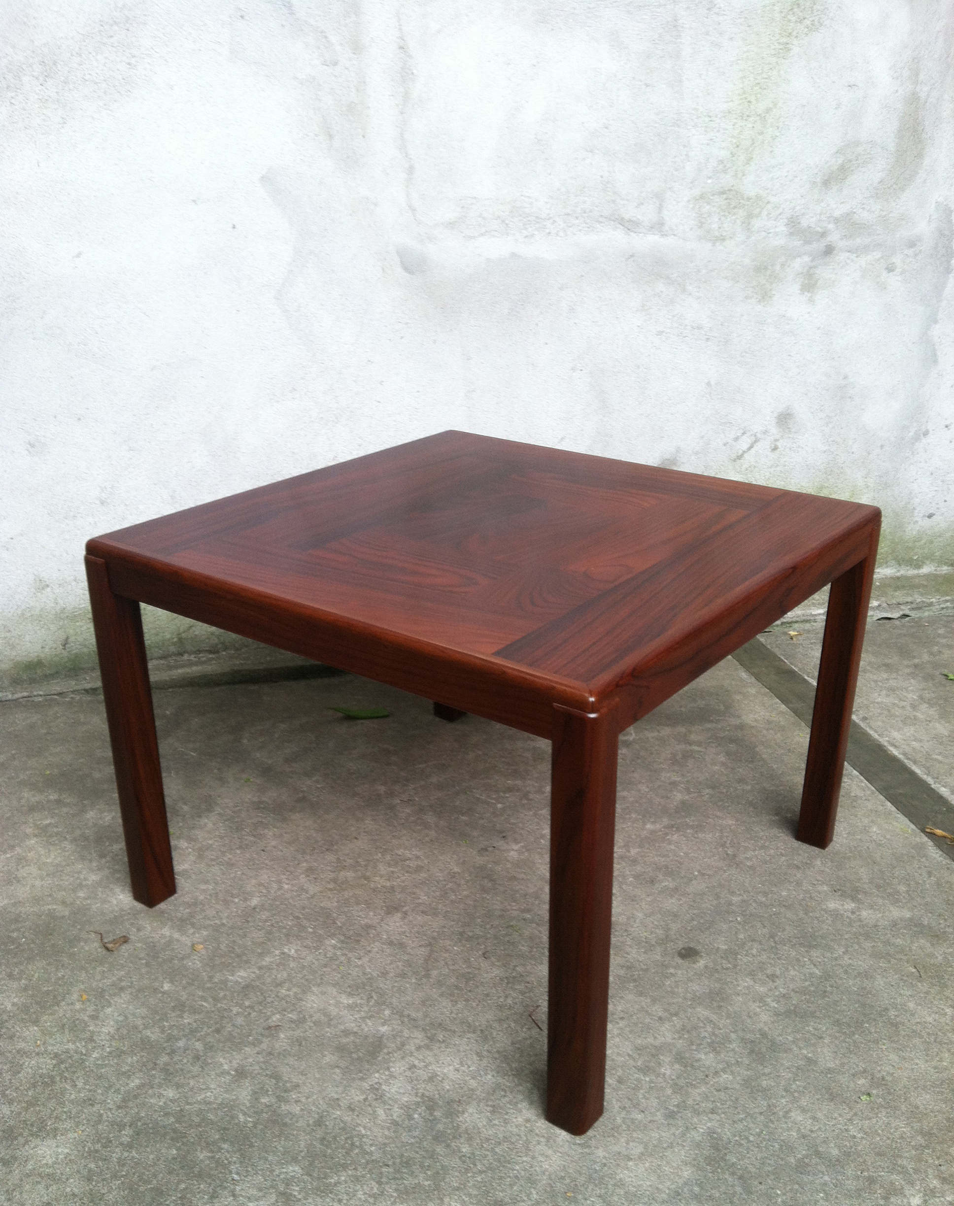 DANISH MODERN ROSEWOOD SQUARE SIDE TABLE BY VEJLE STOLE