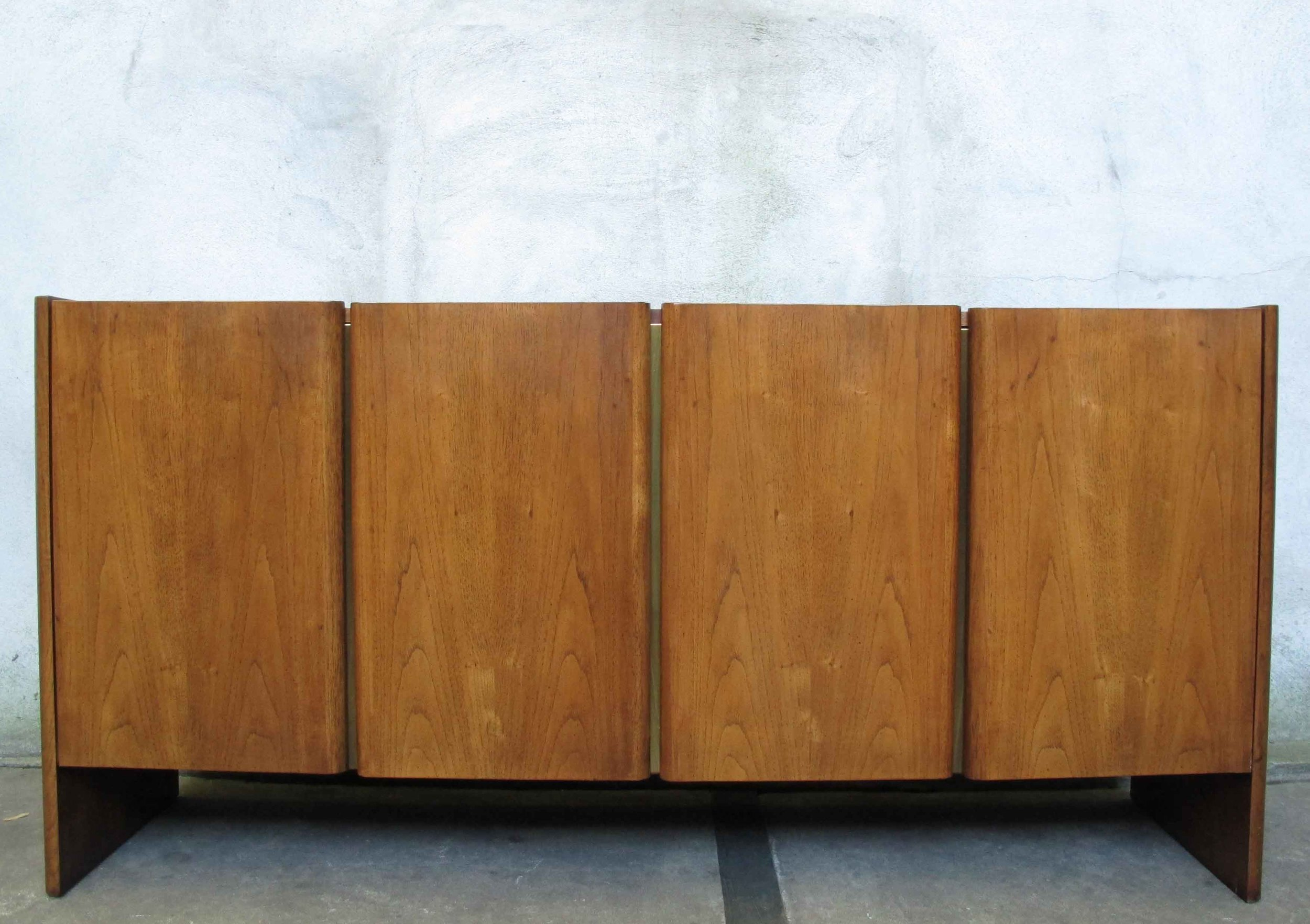 MID CENTURY MODERN CREDENZA BY FOUNDERS