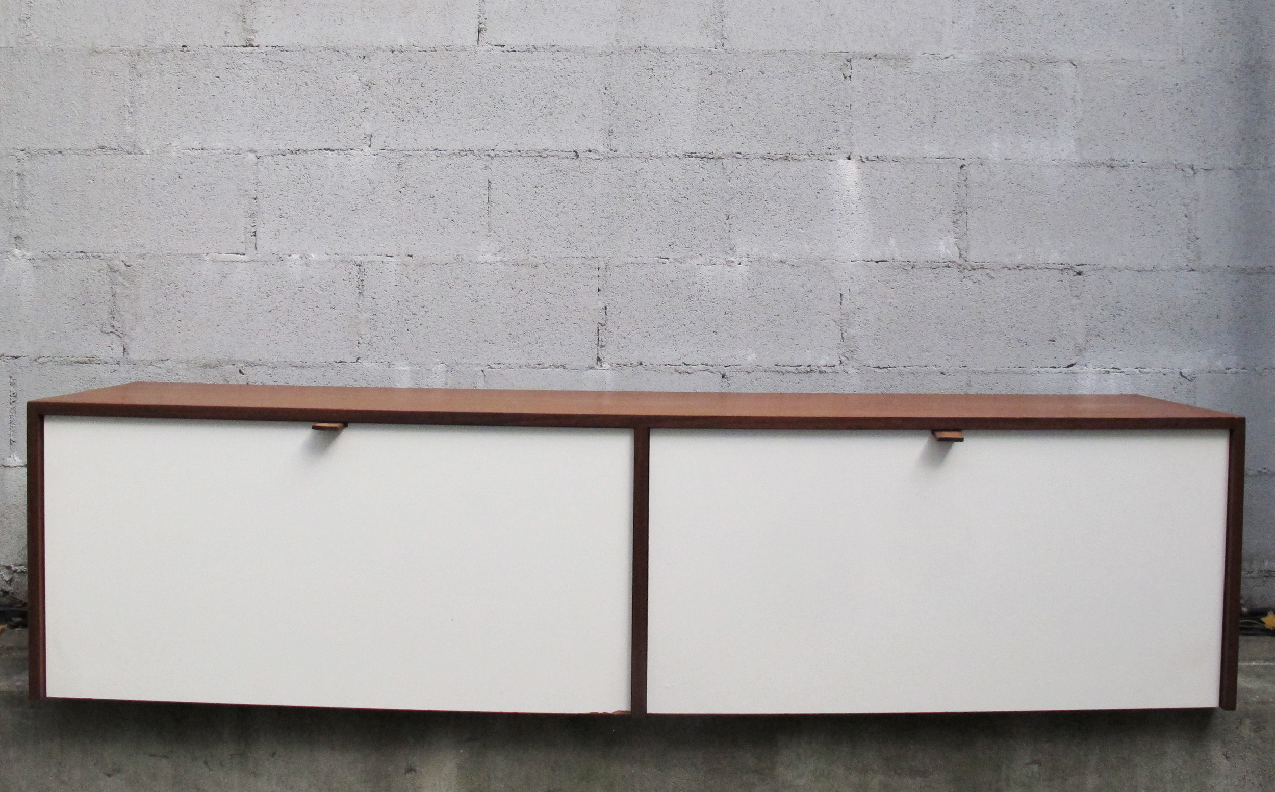 MID CENTURY WALNUT HANGING CABINET MODEL 121 W-1 BY FLORENCE KNOLL