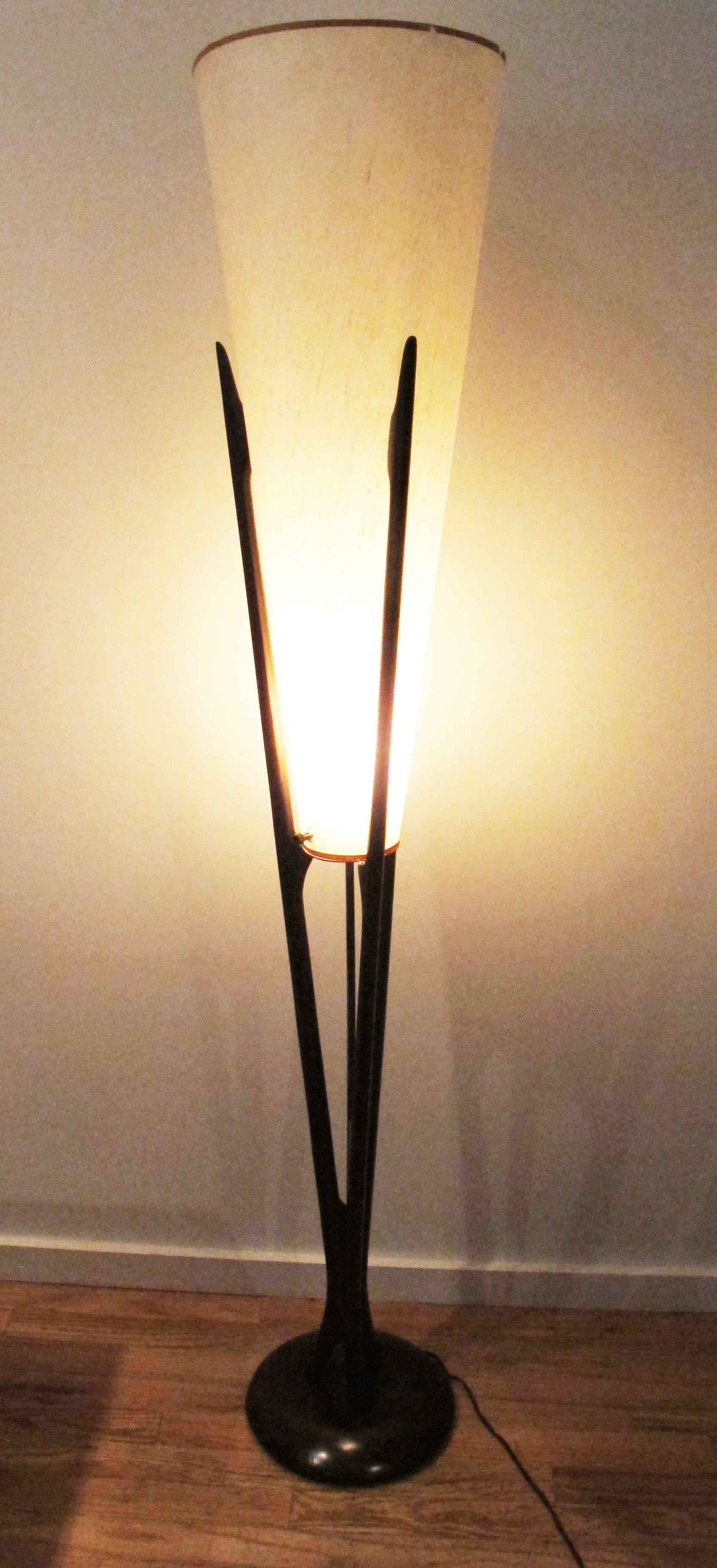 MID CENTURY MODERN MODELINE STYLE SCULPTED WALNUT AND BRASS FLOOR LAMP WITH CONE SHADE