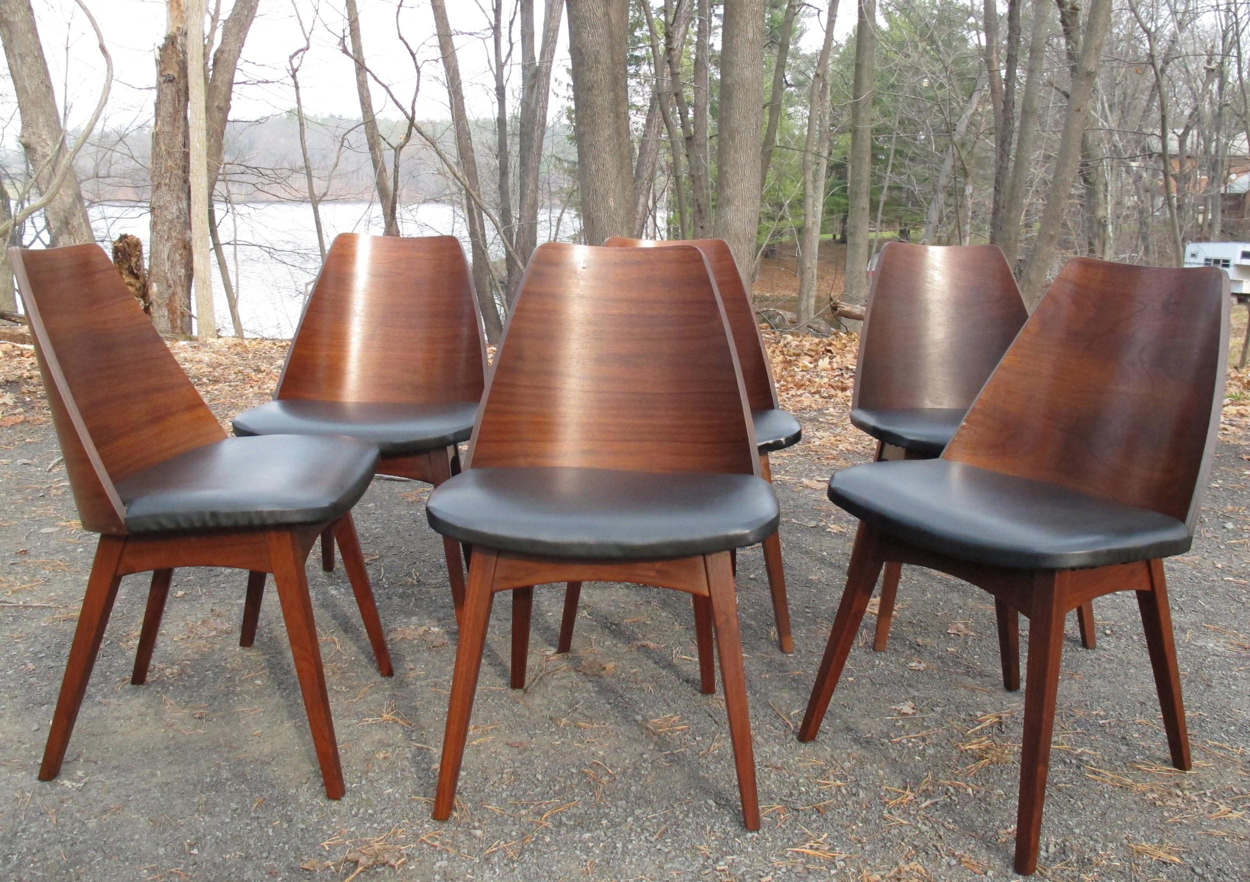SET OF MID CENTURY WALNUT DINING CHAIRS BY FOSTER MCDAVID