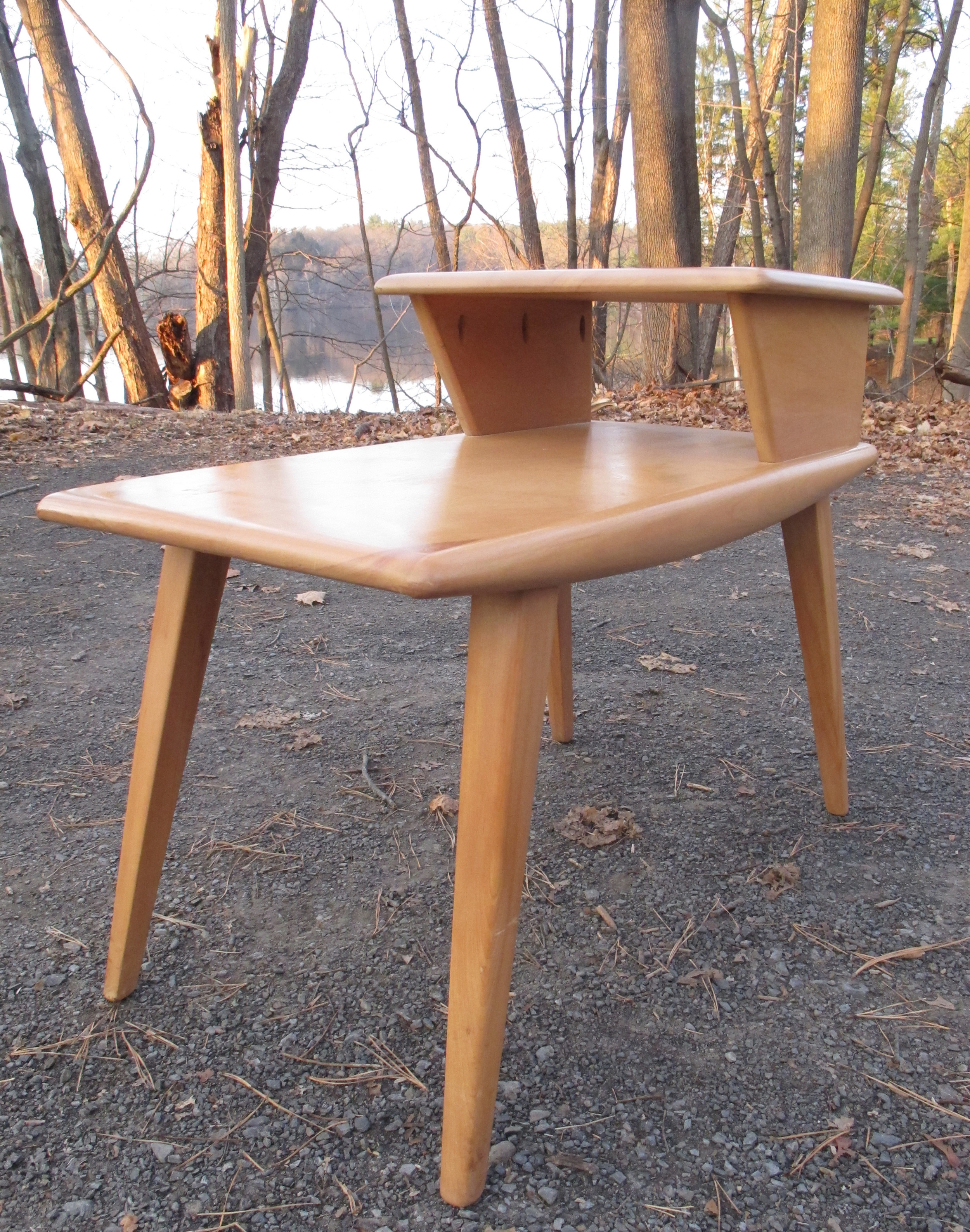HEYWOOD WAKEFIELD MID CENTURY STEP END TABLE MODEL CM 374G