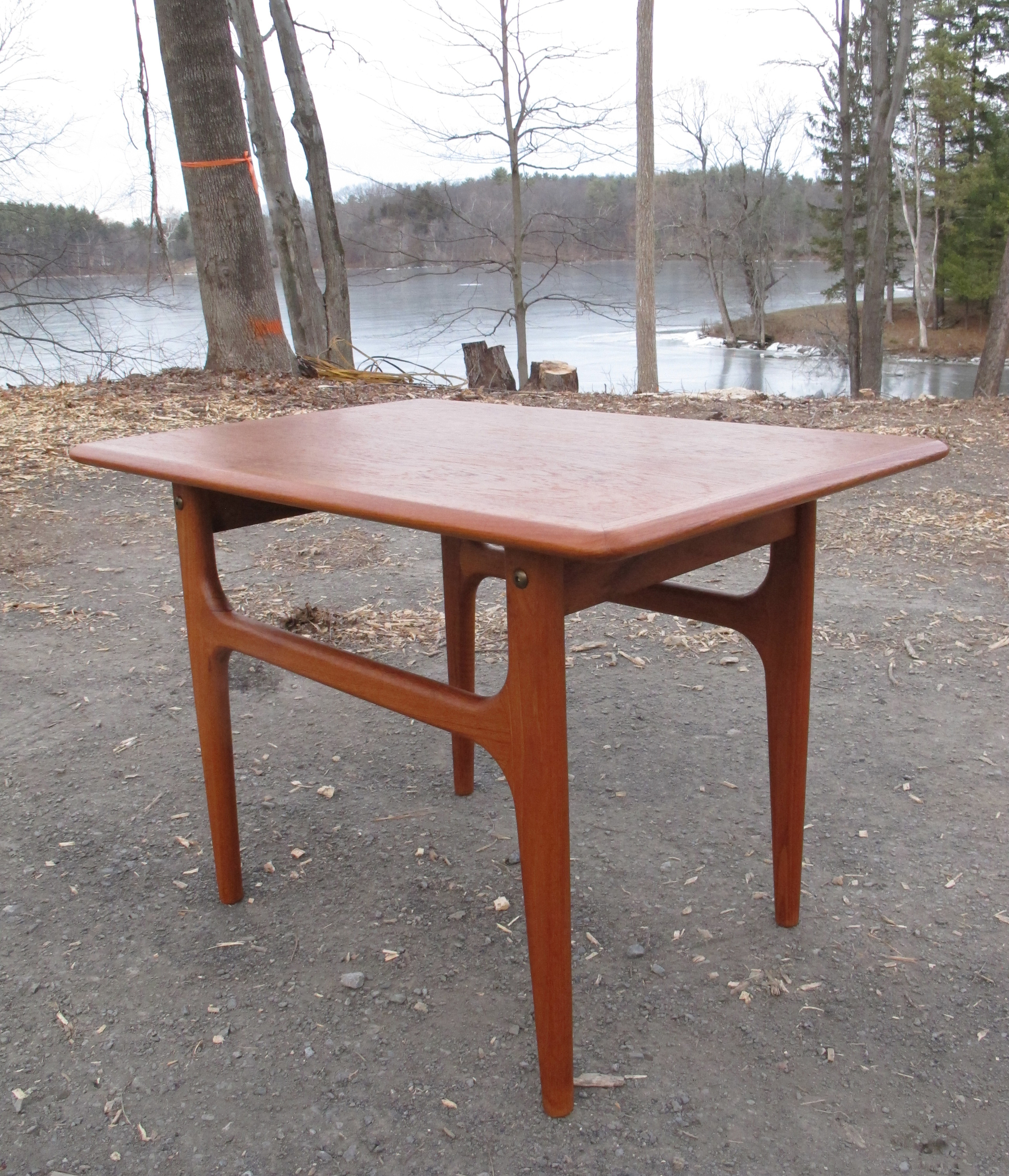 DANISH MODERN GRETE JALK STYLE TEAK END TABLE