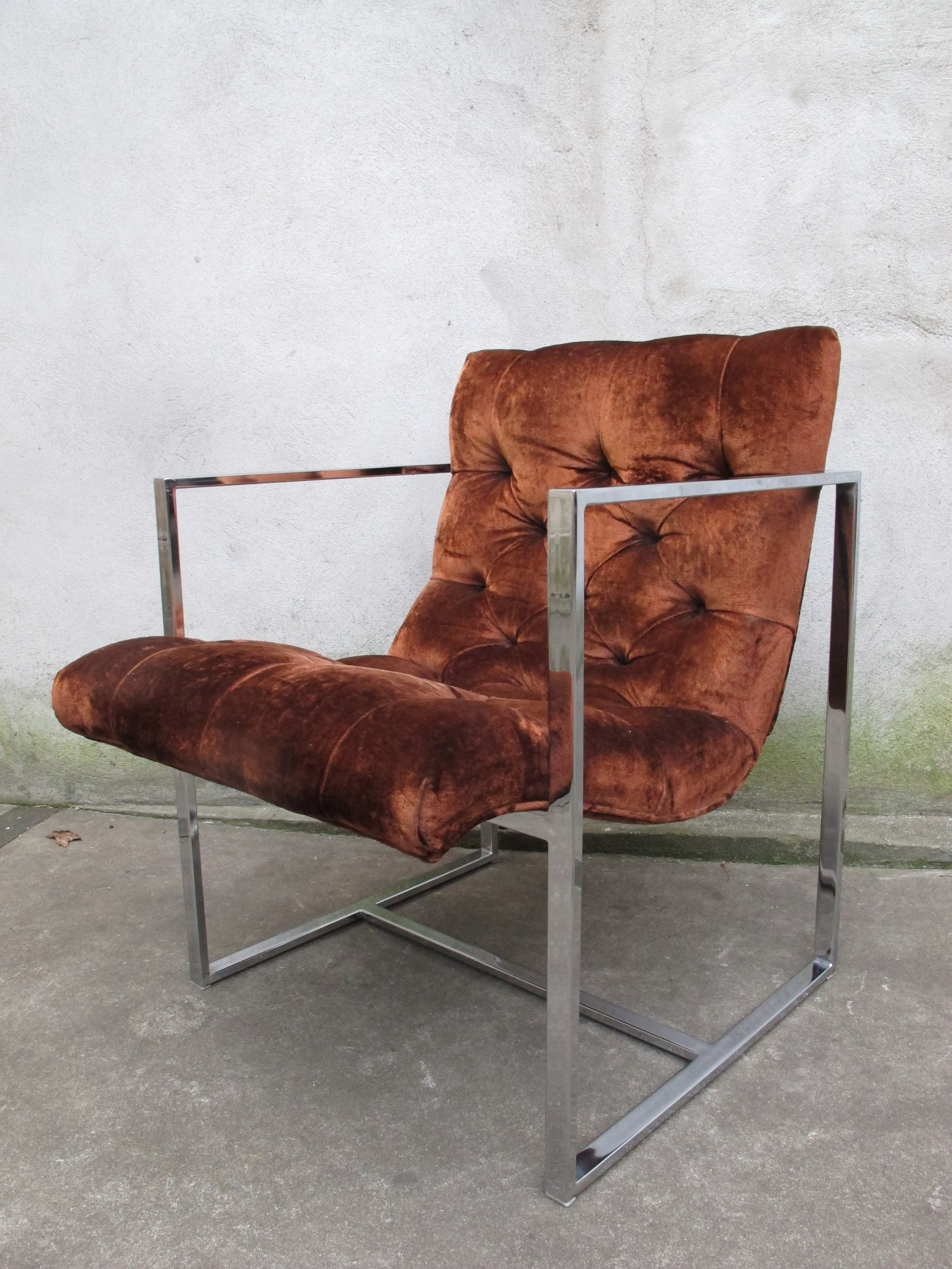 MID CENTURY CHROME SCOOP LOUNGE CHAIR BY MILO BAUGHMAN