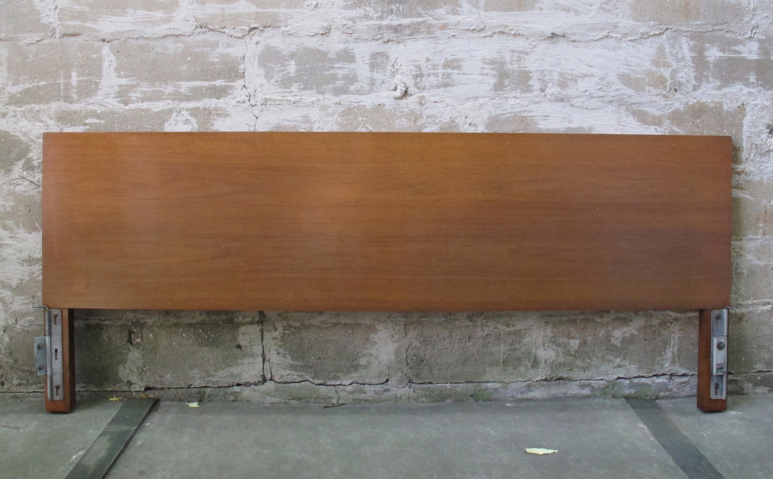 GEORGE NELSON WALNUT KING SIZE HEADBOARD BY HERMAN MILLER