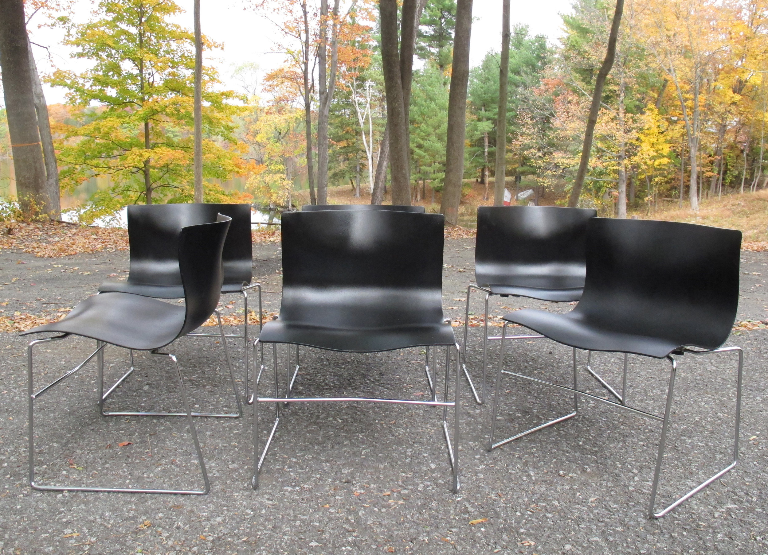 SET OF MASSIMO VIGNELLI HANDKERCHIEF CHAIRS BY KNOLL