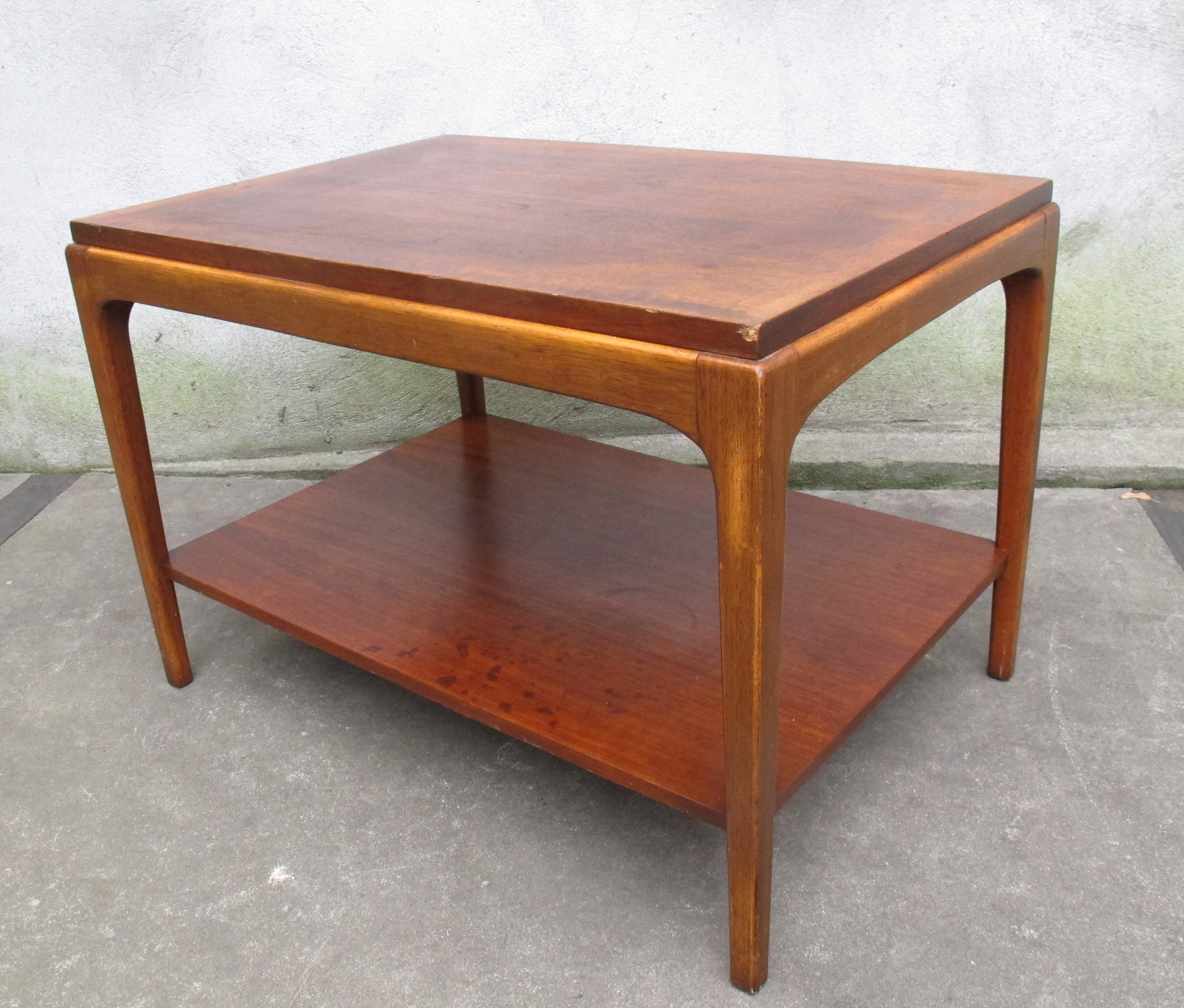 MID CENTURY TWO-TIER WALNUT END TABLE BY LANE