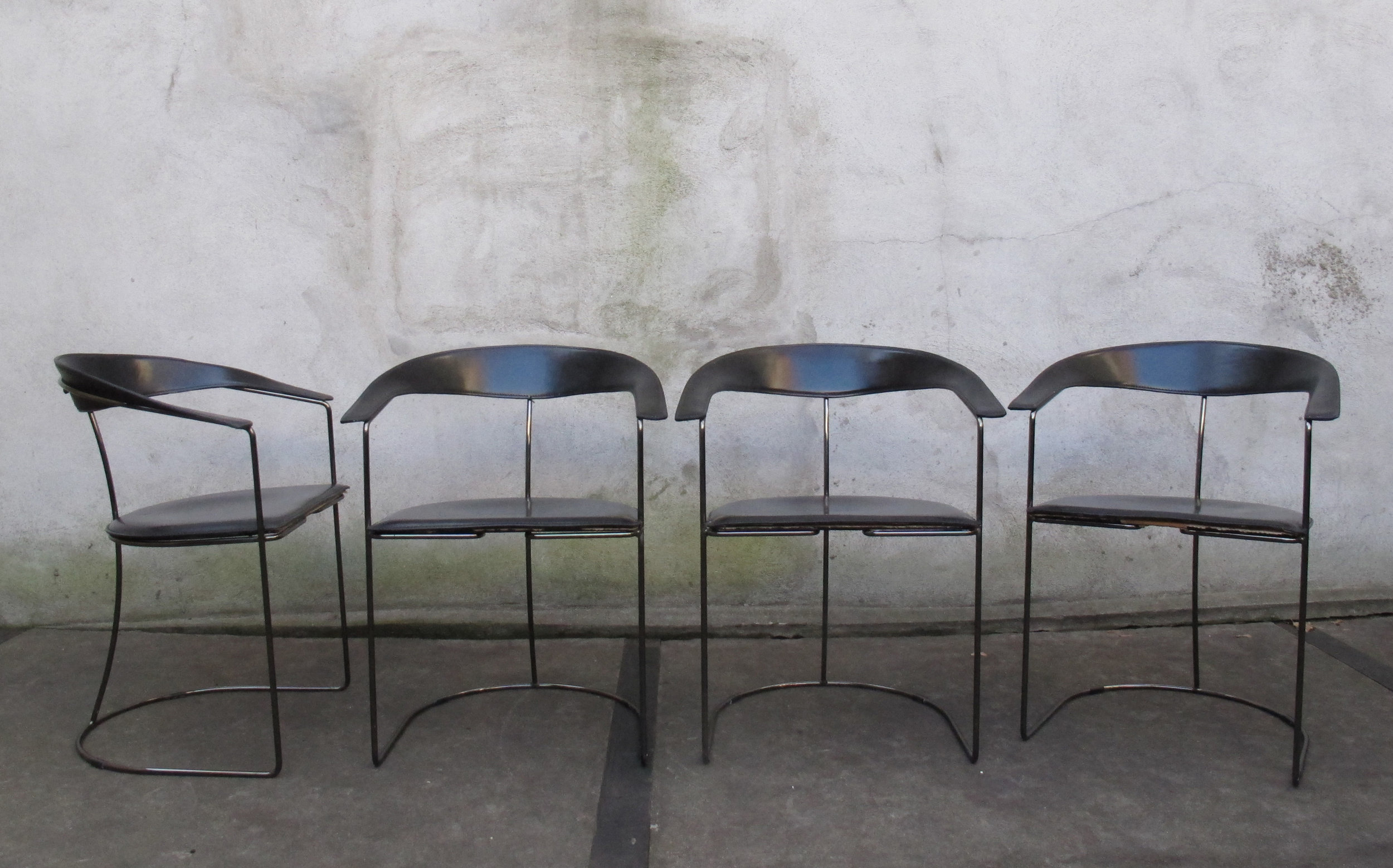 SET OF MID CENTURY ITALIAN LEATHER DINING CHAIRS BY ARRBEN