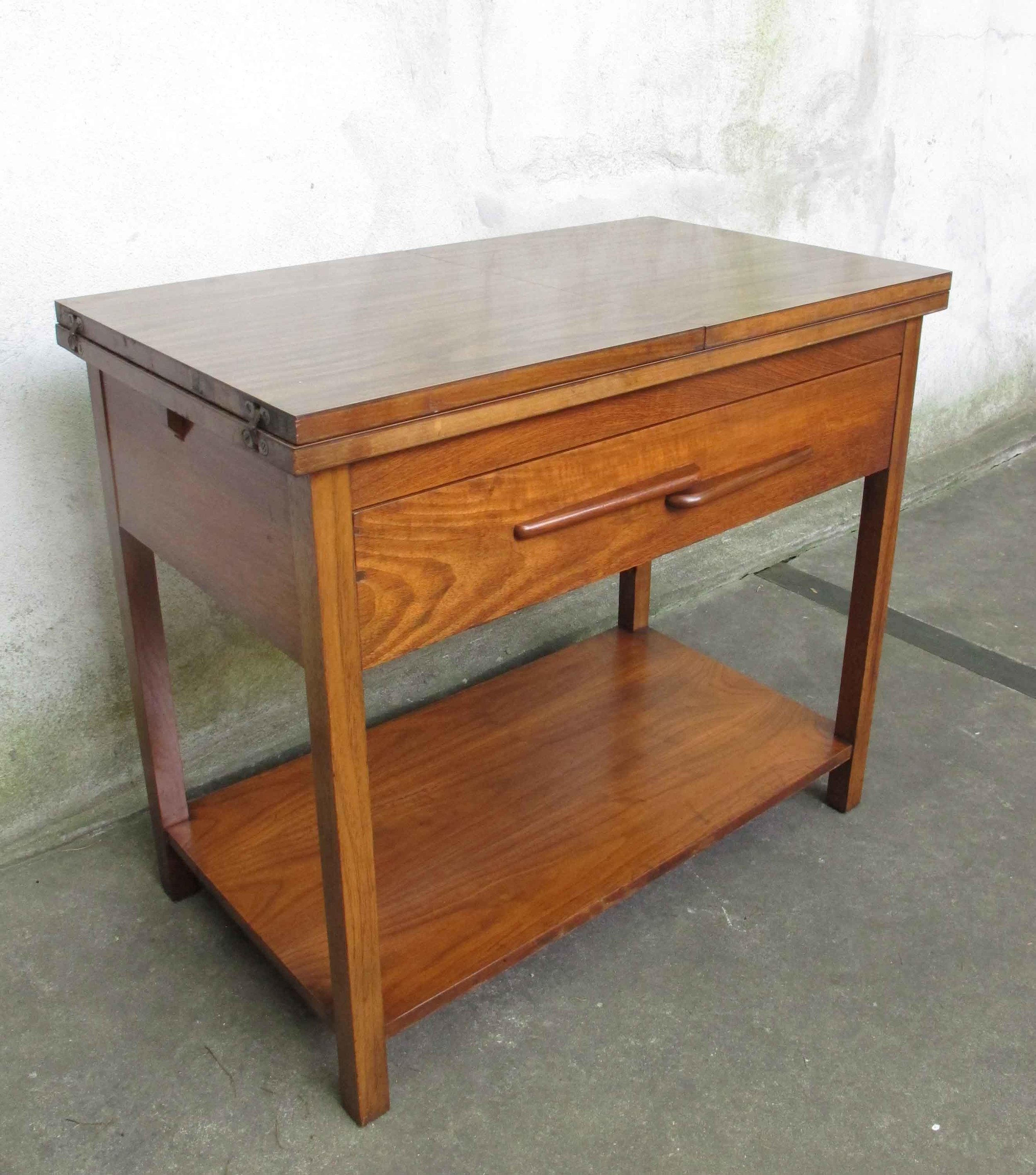 MID CENTURY MODERN WALNUT FOLD OUT SERVER STAND