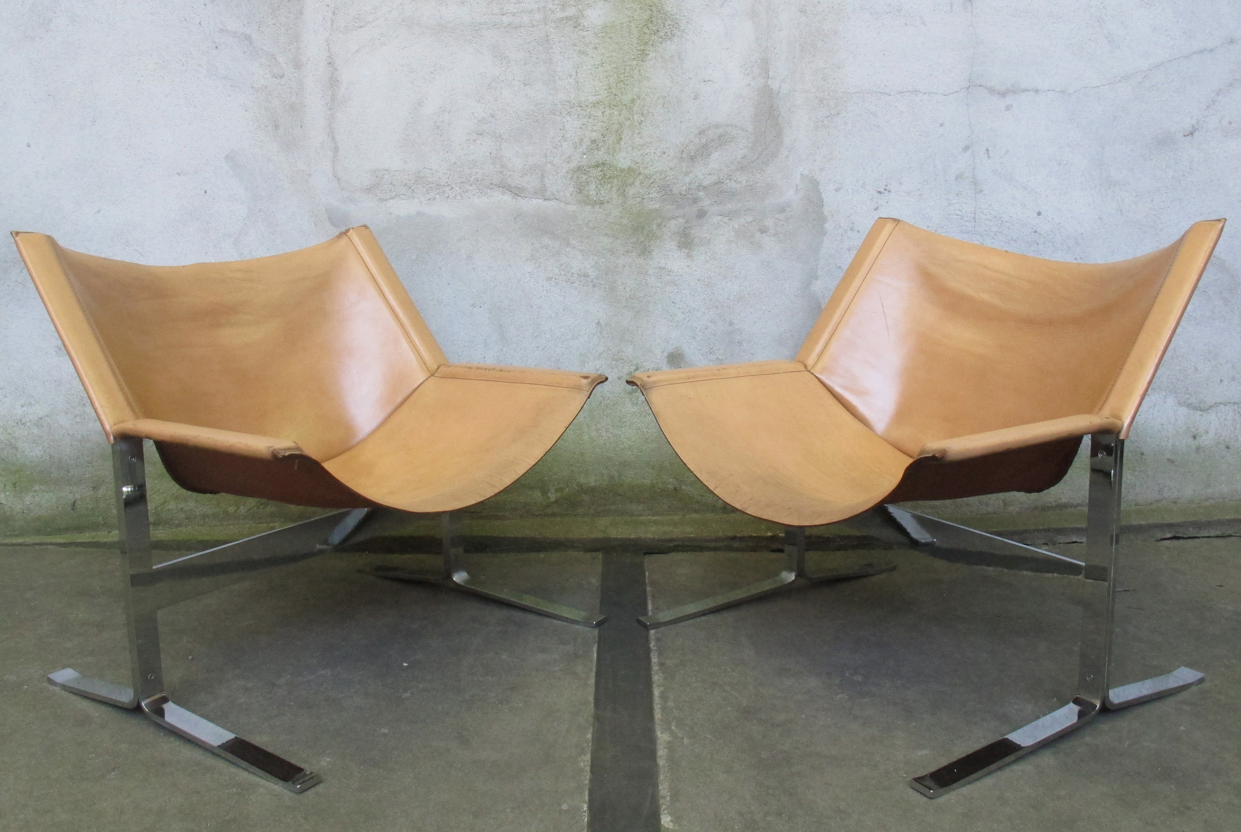 CLEMENT MEADMORE NO. 248 LEATHER SLING LOUNGE CHAIRS