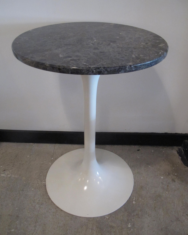 SAARINEN STYLE MARBLE TOP TULIP SIDE TABLE