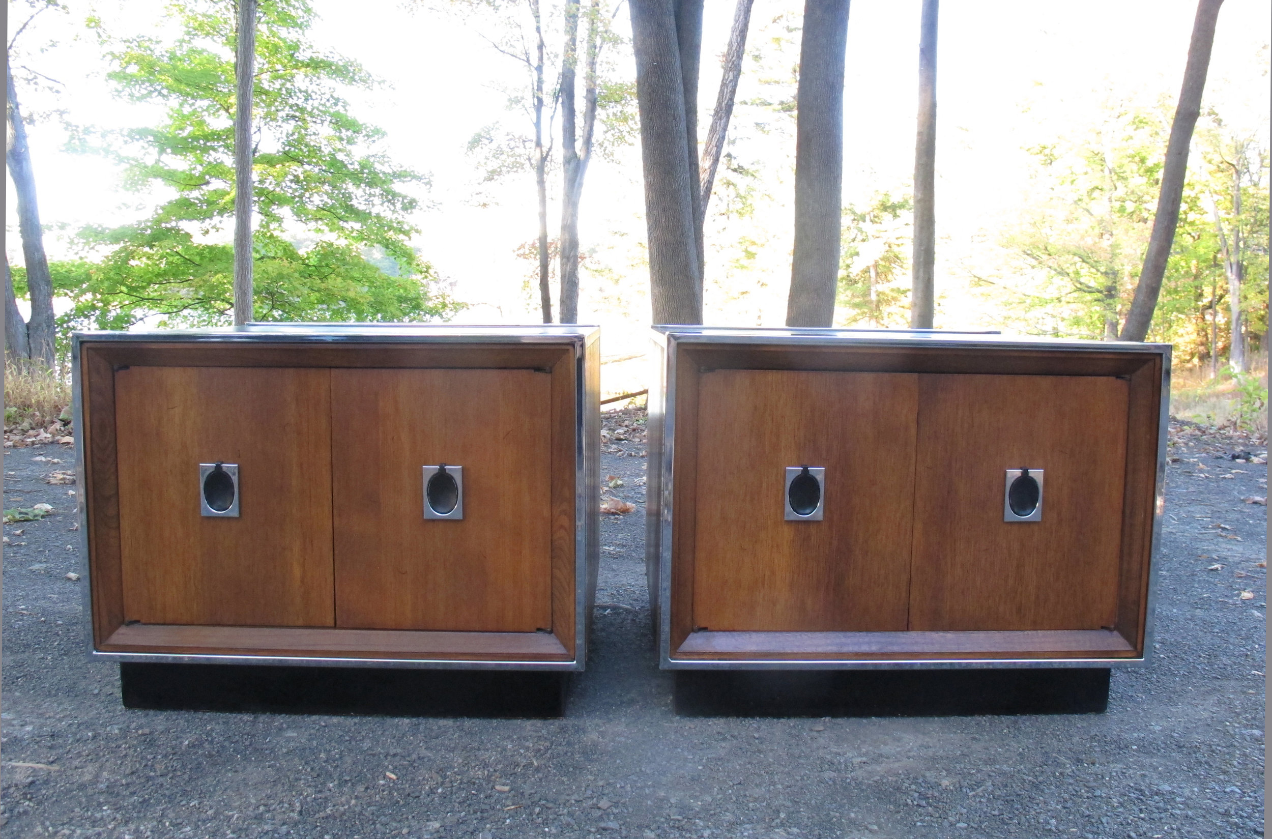 PAIR OF MILO BAUGHMAN STYLE WOOD & CHROME NIGHTSTANDS