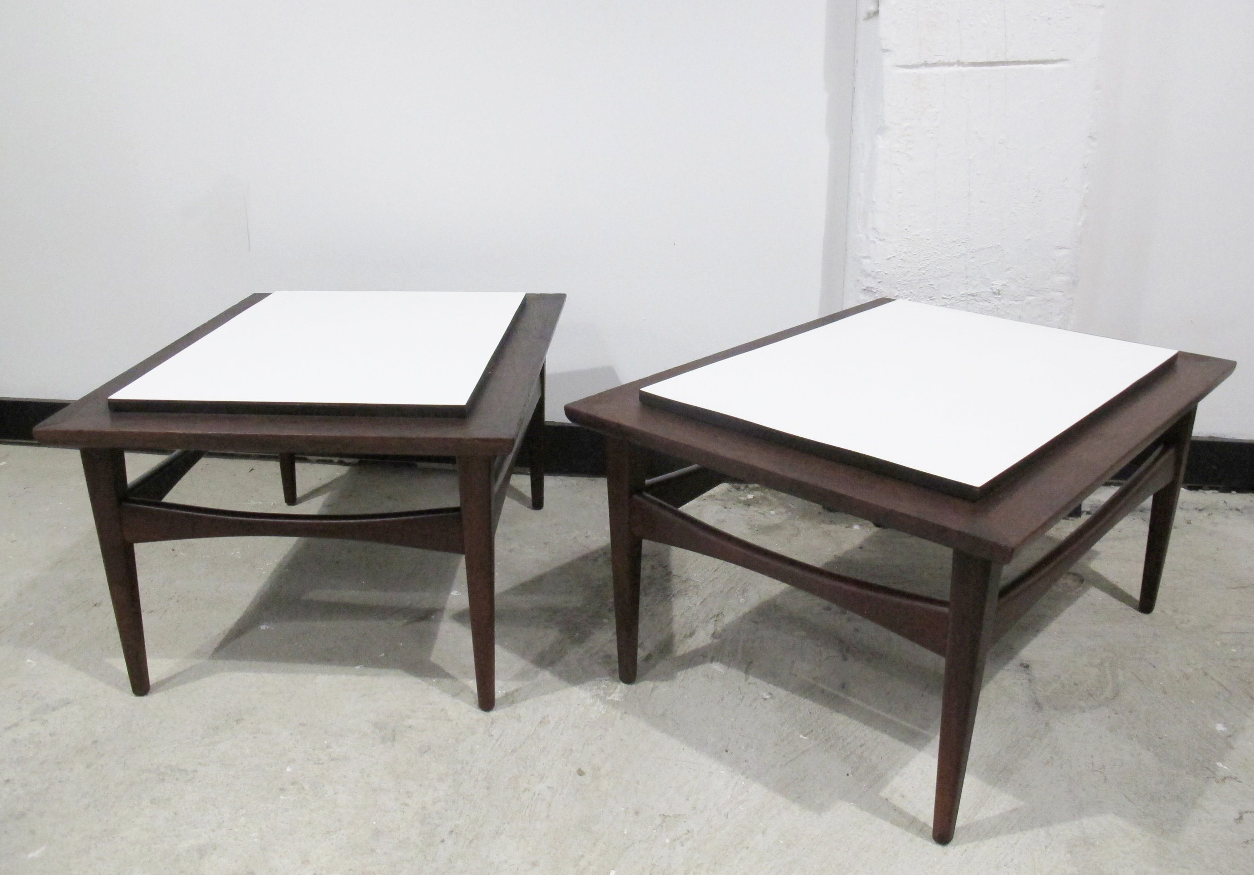 PAIR OF RISOM STYLE WALNUT & WHITE TOP END TABLES