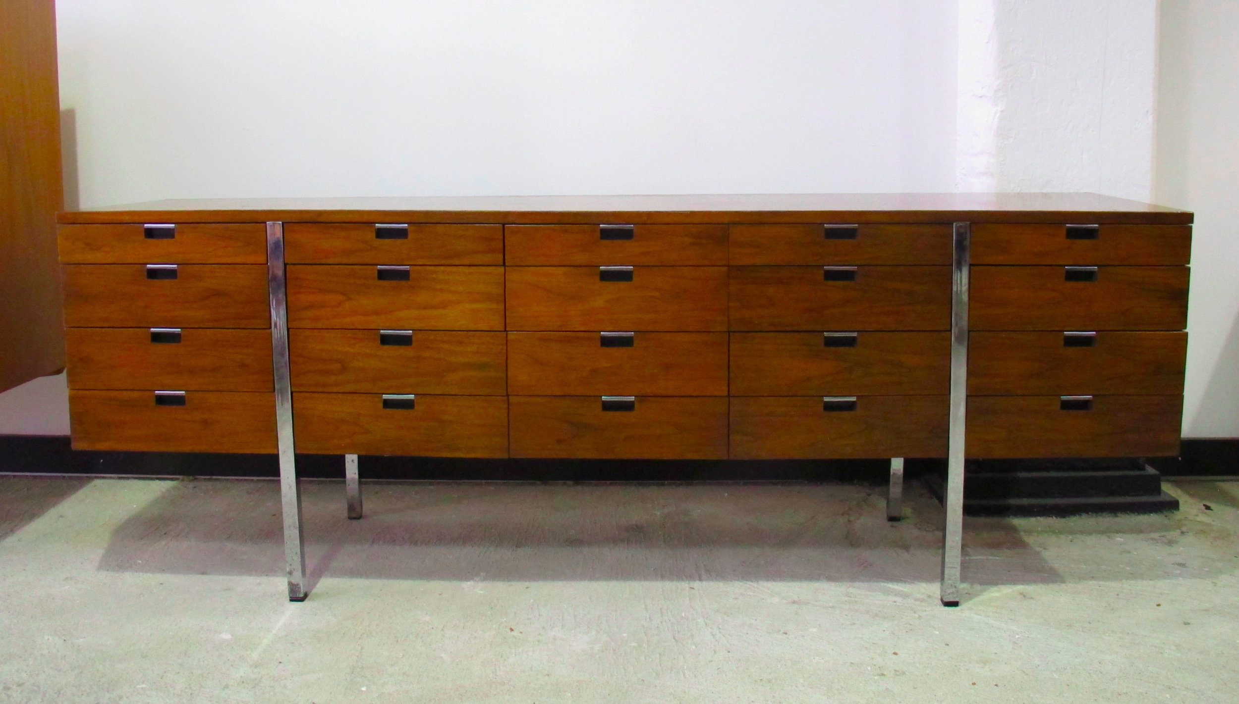MID CENTURY ROGER SPRUNGER WALNUT AND CHROME CREDENZA BY DUNBAR