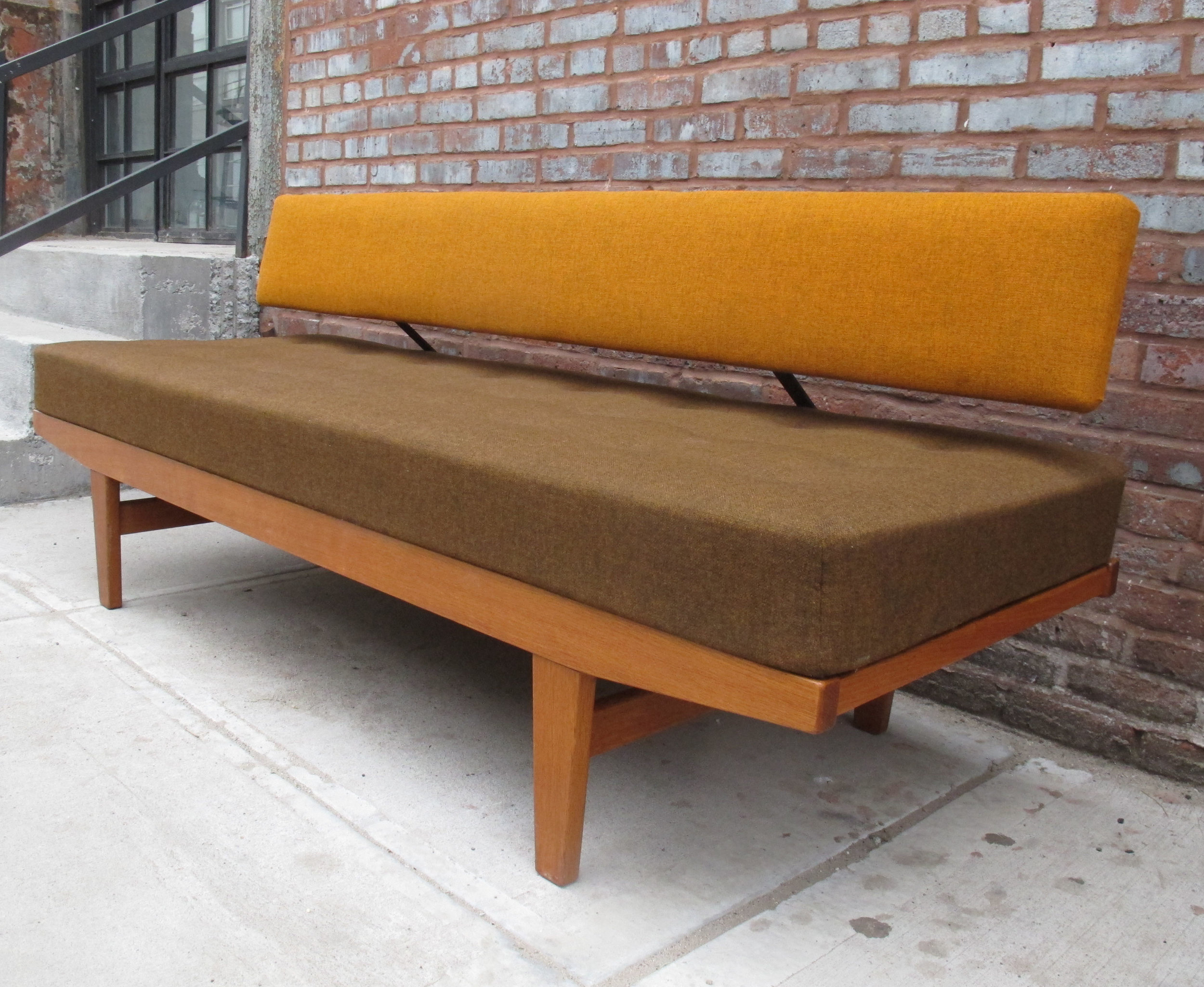 DANISH MODERN POUL VOLTHER TEAK DAYBED BY FDB MOBLER