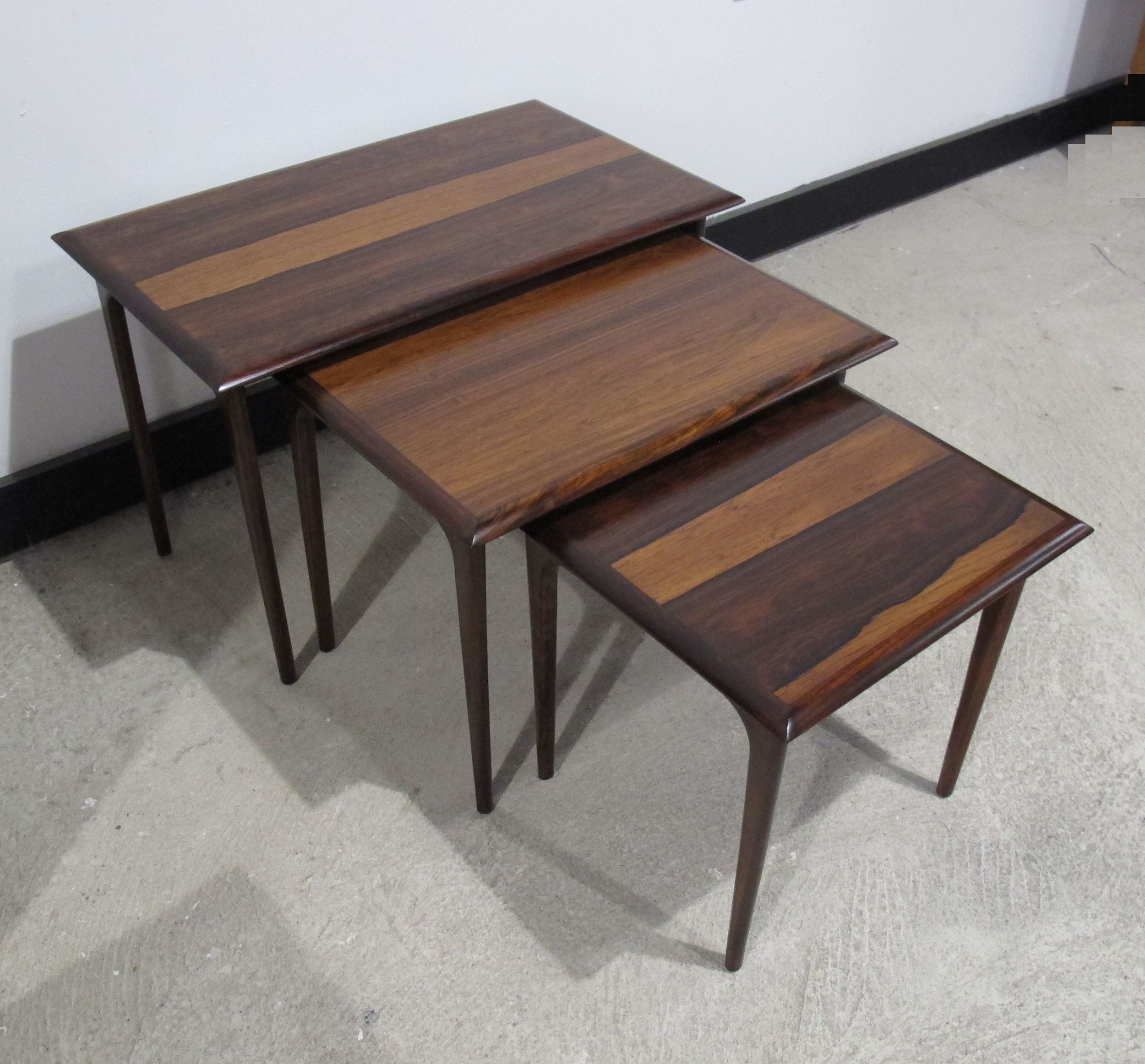 SET OF DANISH MODERN ROSEWOOD NESTING TABLES