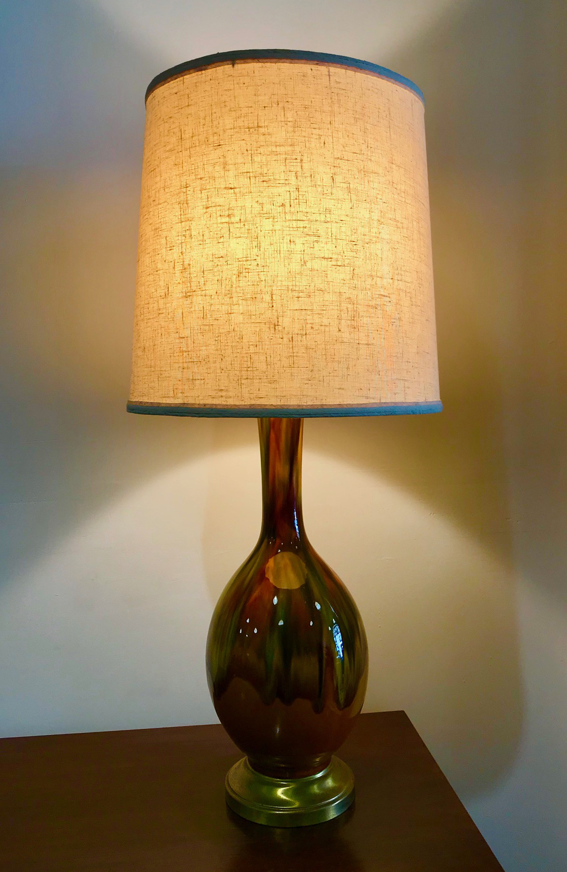 MID CENTURY CERAMIC GLAZE TABLE LAMP