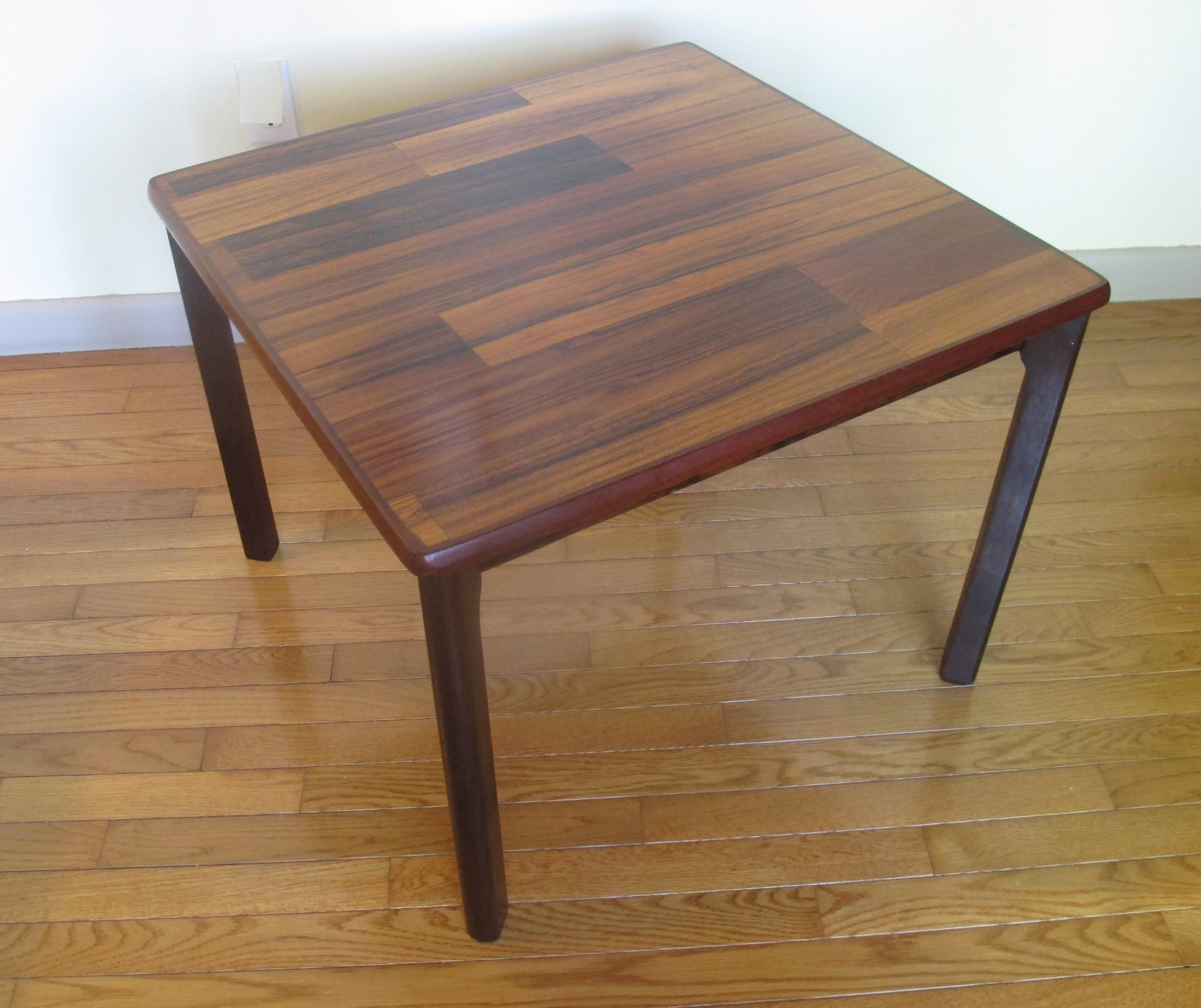 DANISH MODERN SQUARE TOP ROSEWOOD SIDE TABLE