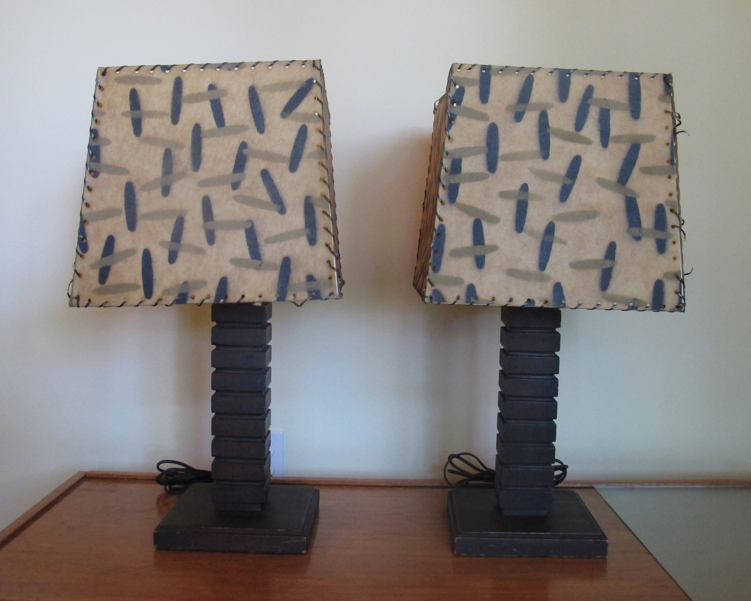 PAIR OF DECO MODERN WOOD TABLE LAMPS