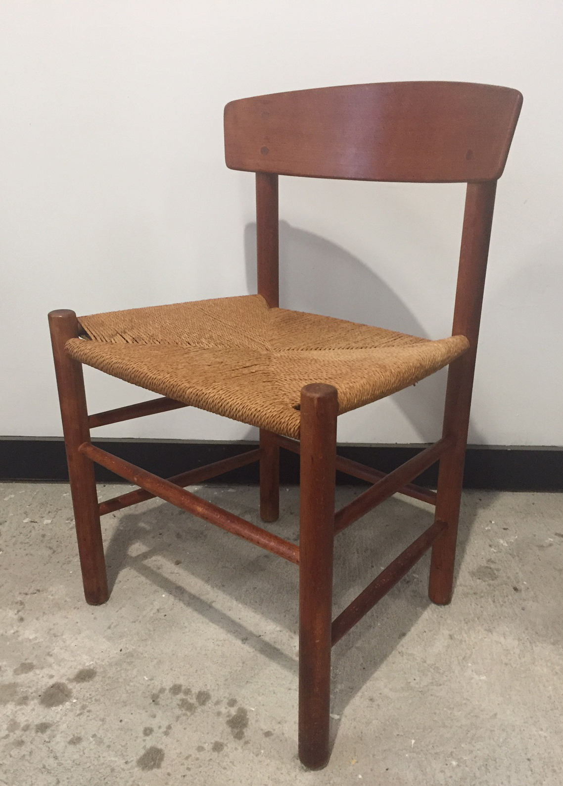 DANISH BEECH WOOD DINING CHAIR BY BORGE MOGENSEN, MODEL J39
