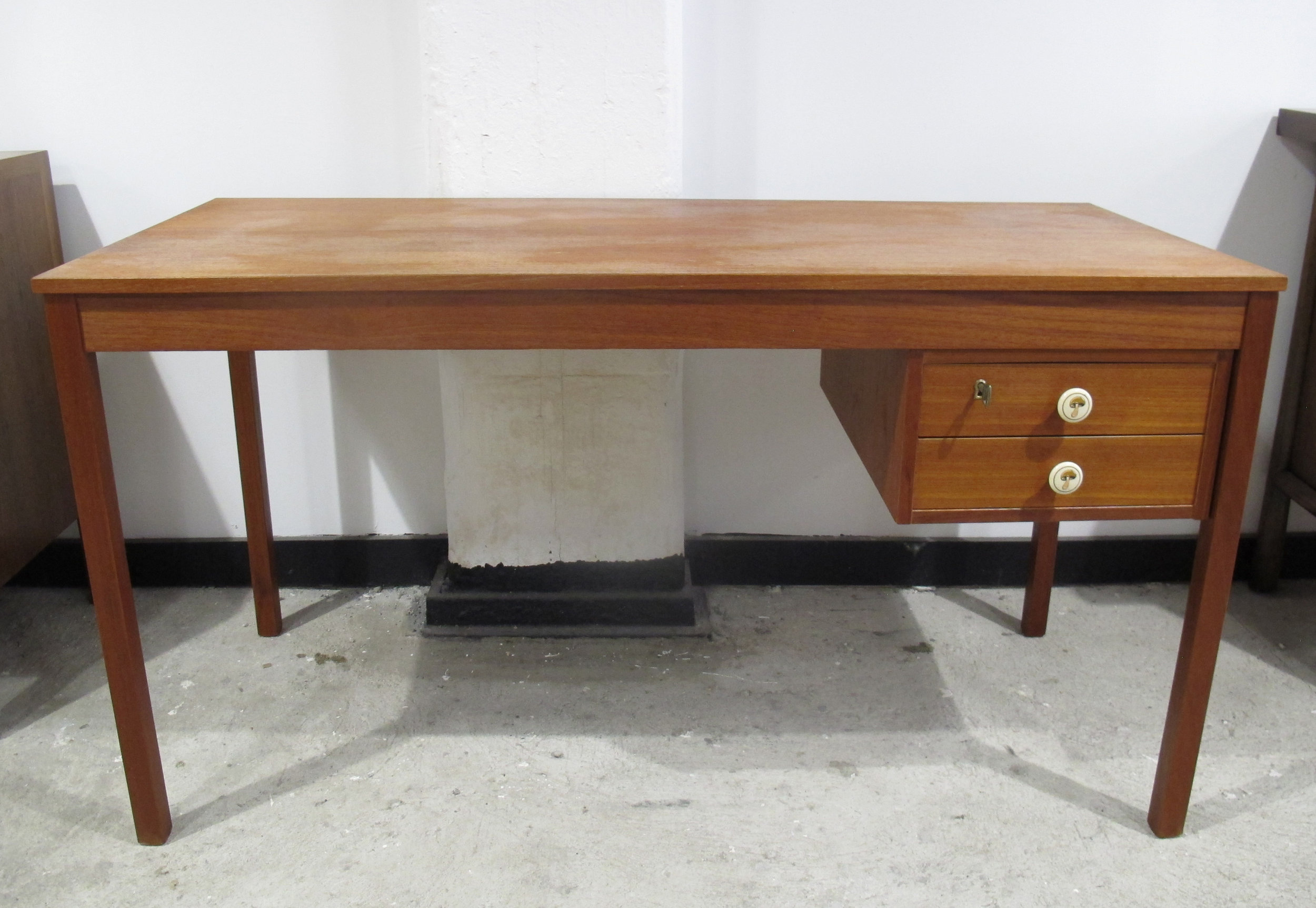 DANISH MODERN TEAK DESK BY DOMINO MOBLER