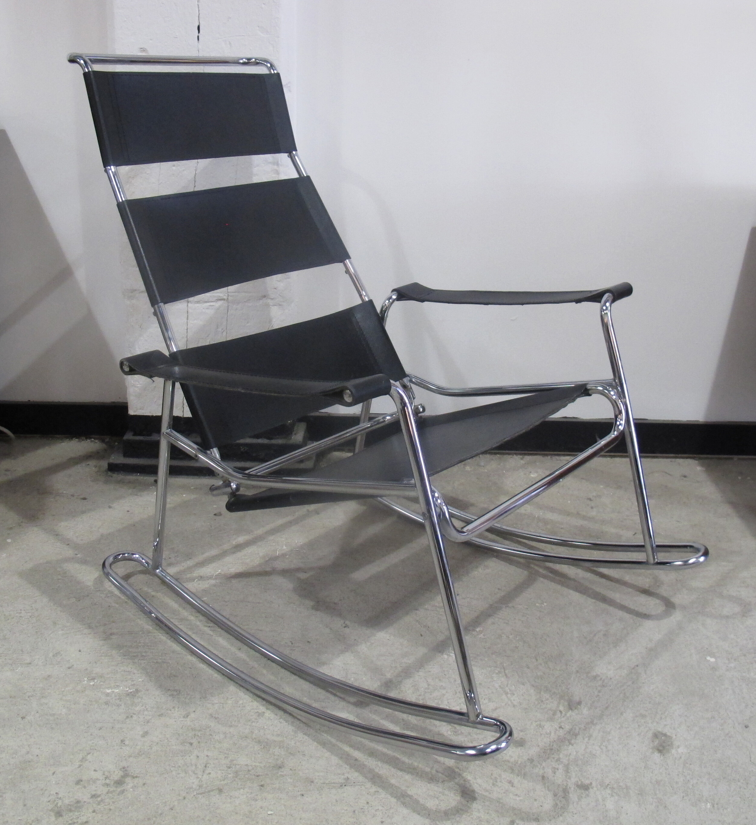 MID CENTURY MODERN WASSILY STYLE LEATHER & CHROME ROCKING CHAIR