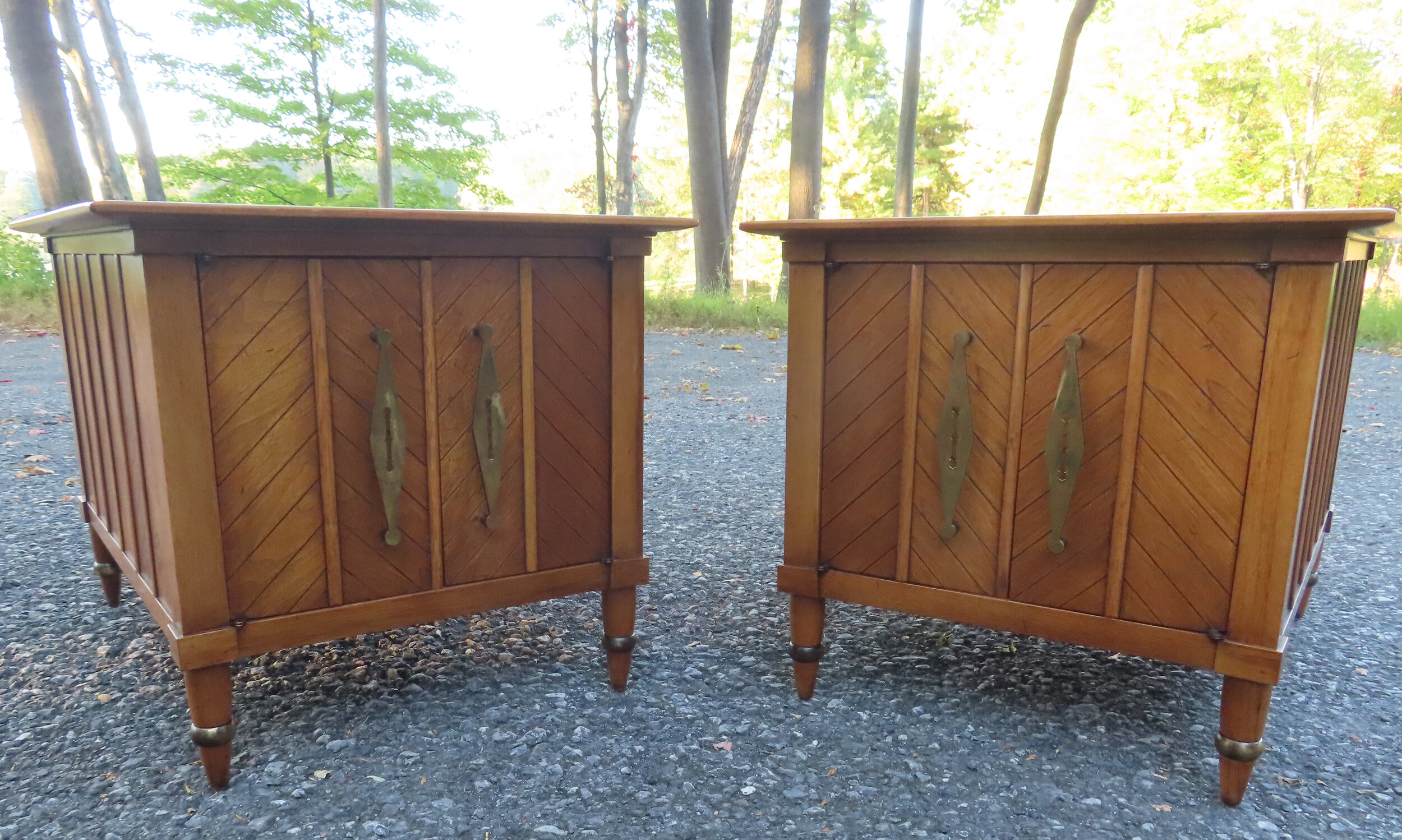 PAIR OF MID CENTURY TOMLINSON SOPHISTICATE END TABLES