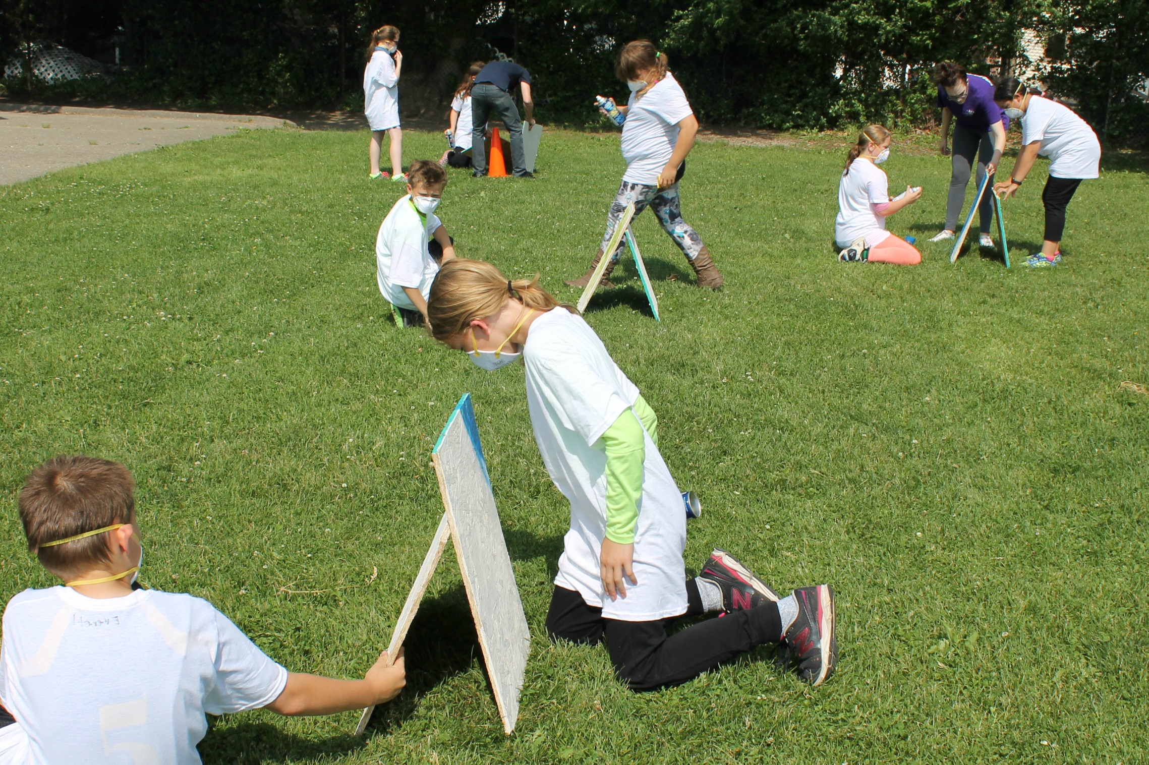 Princess Elizabeth After School Program 2015 - Spray Painting 2