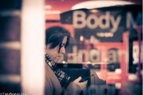 phone girl winch.jpg