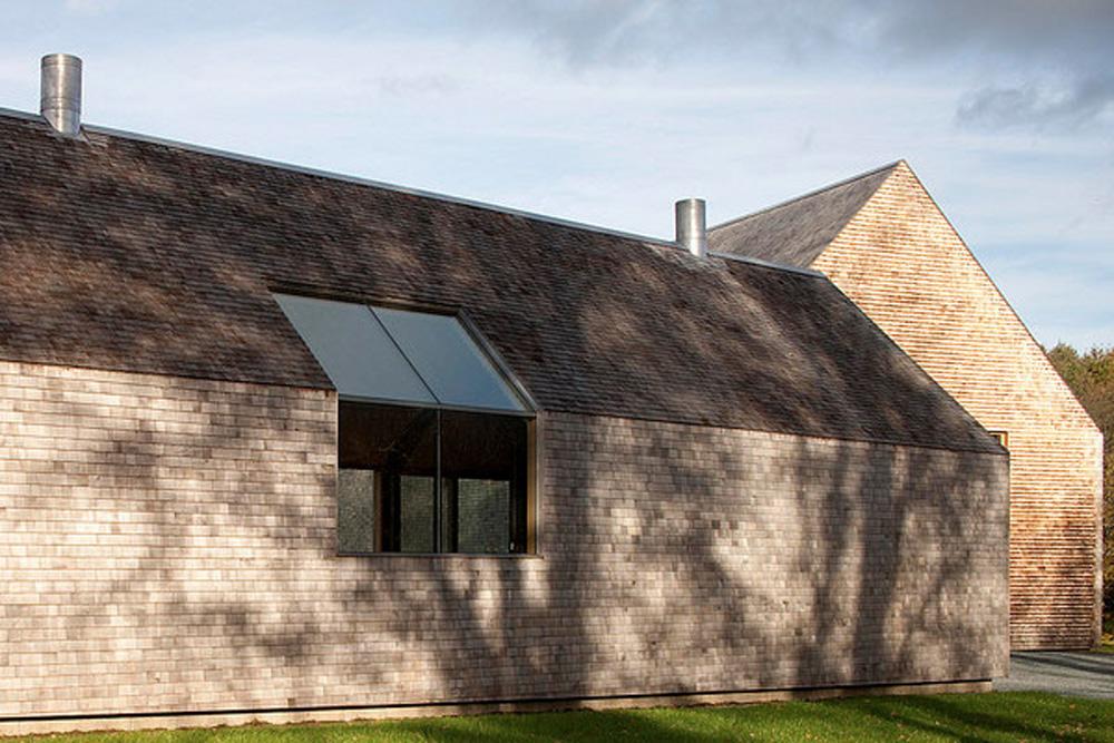 by Rick Joy Architects photo by Jean-Luc Laloux