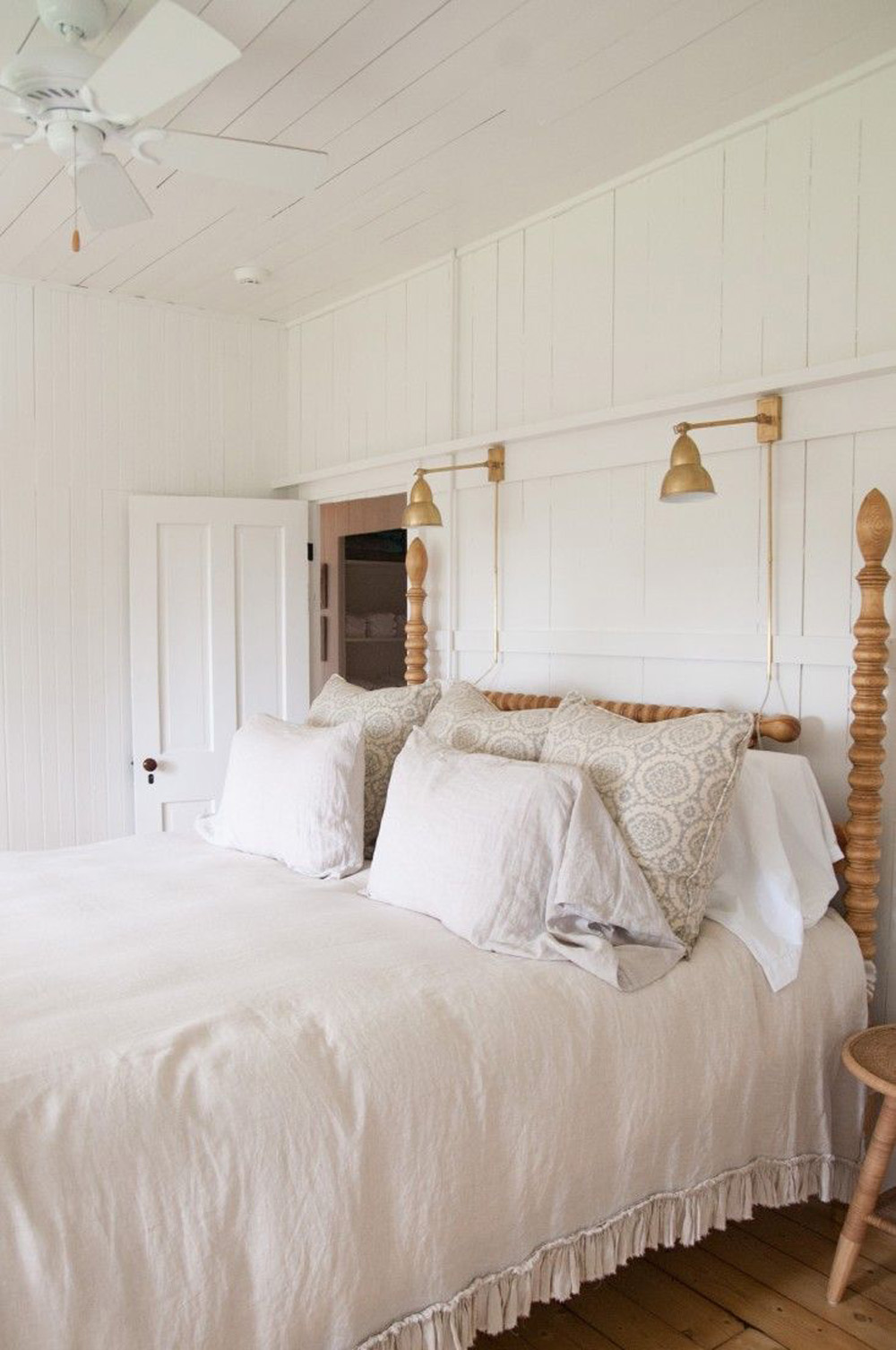 home of Charlotte Tracy design by  John Allee  and  Hannah Childs  vis  REMODELISTA