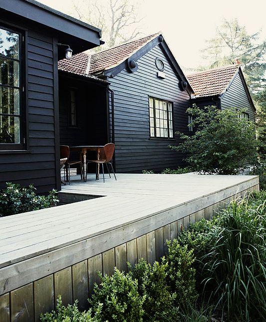 exterior-paint-colors-black.jpg