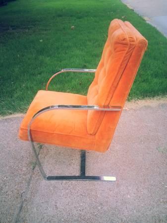craigslist-chrome-chair.jpg